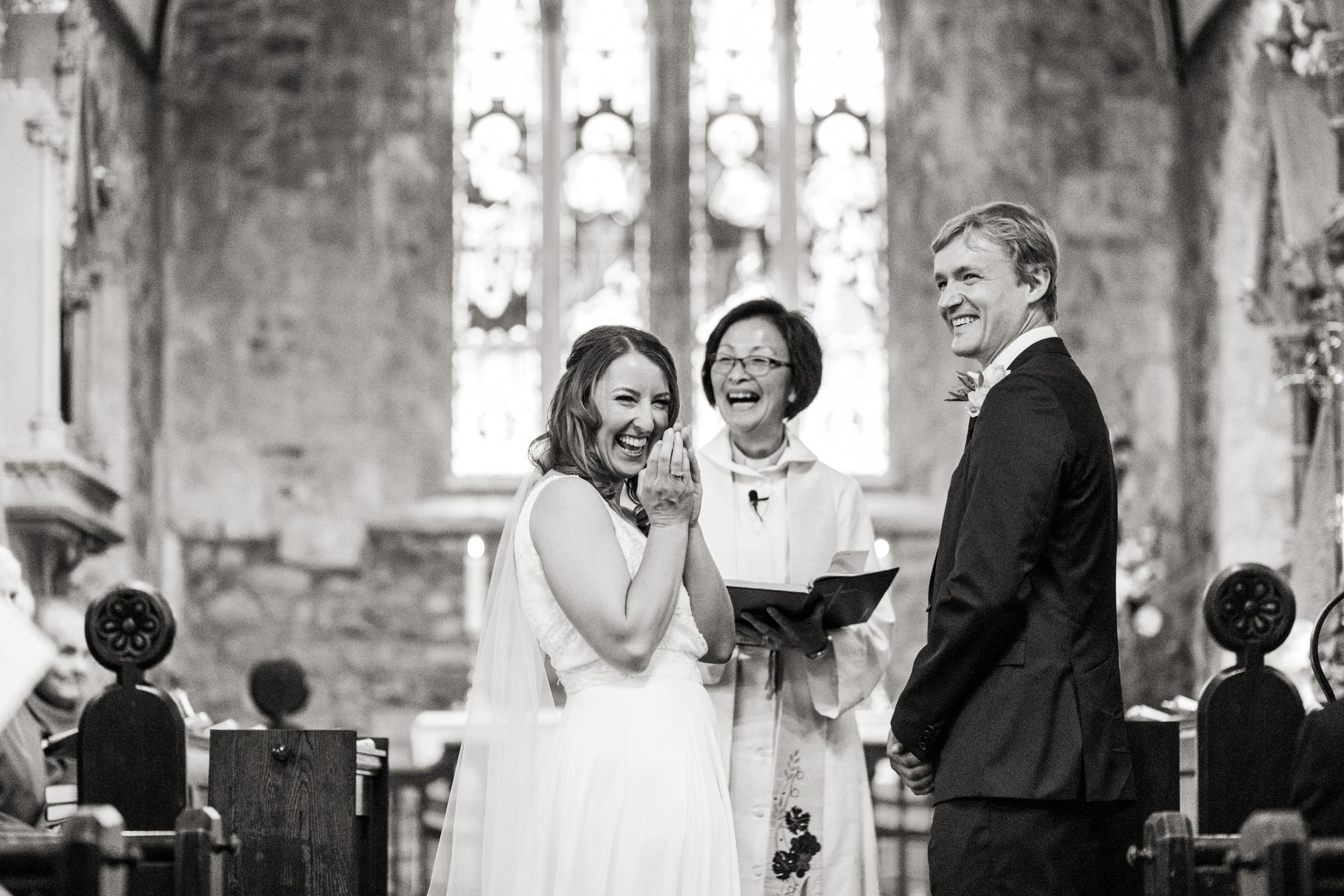 wedding photography at Gins Barn 016.jpg