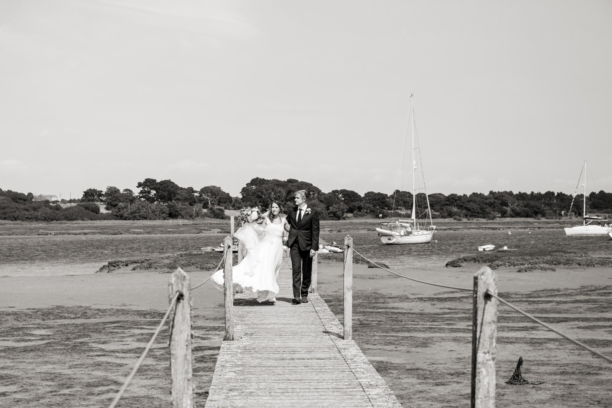 wedding photography at Gins Barn 025.jpg