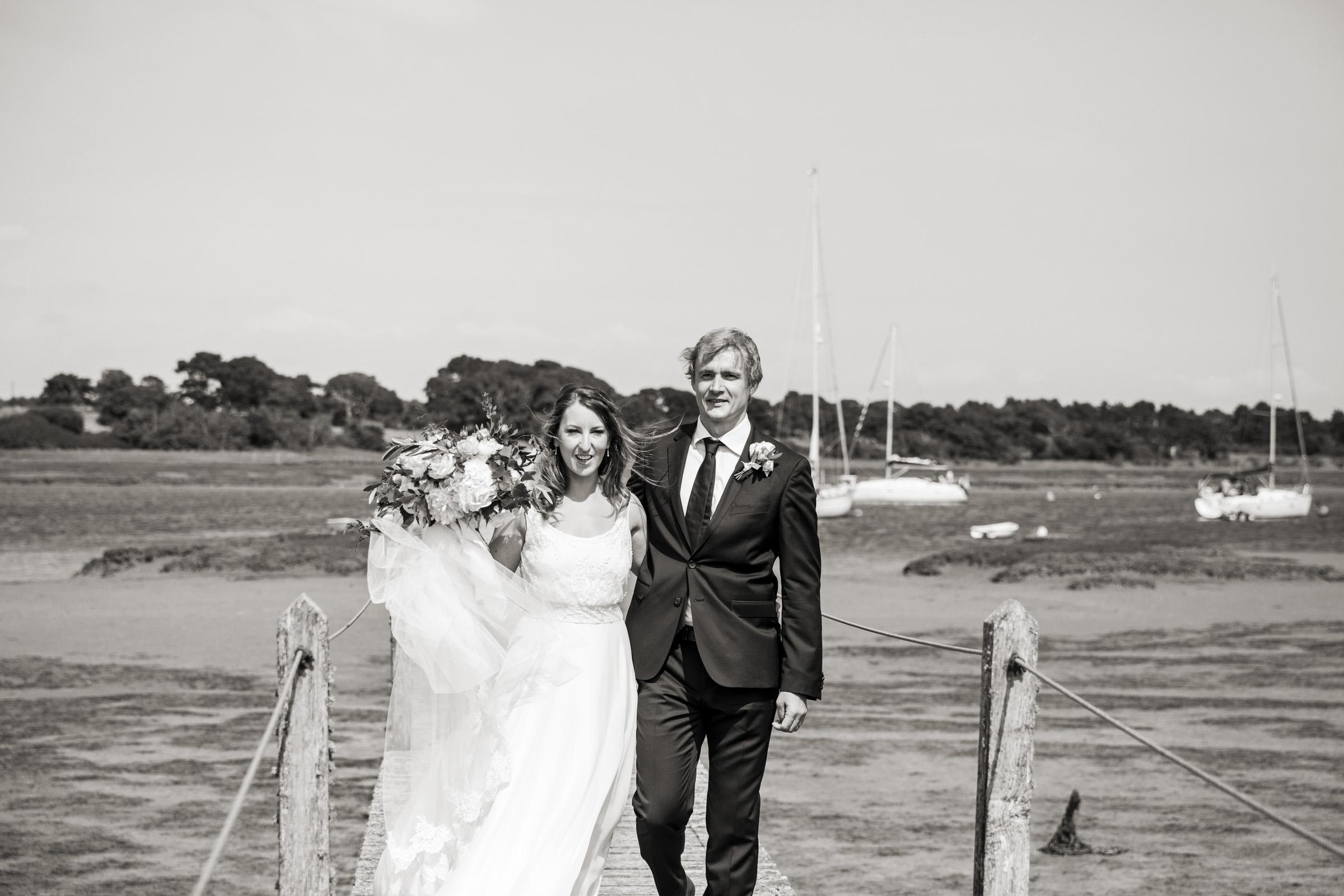 wedding photography at Gins Barn 026.jpg