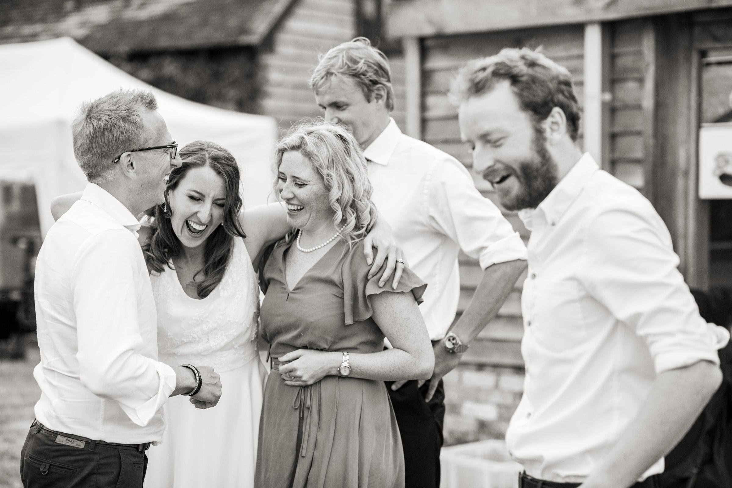 wedding photography at Gins Barn 048.jpg