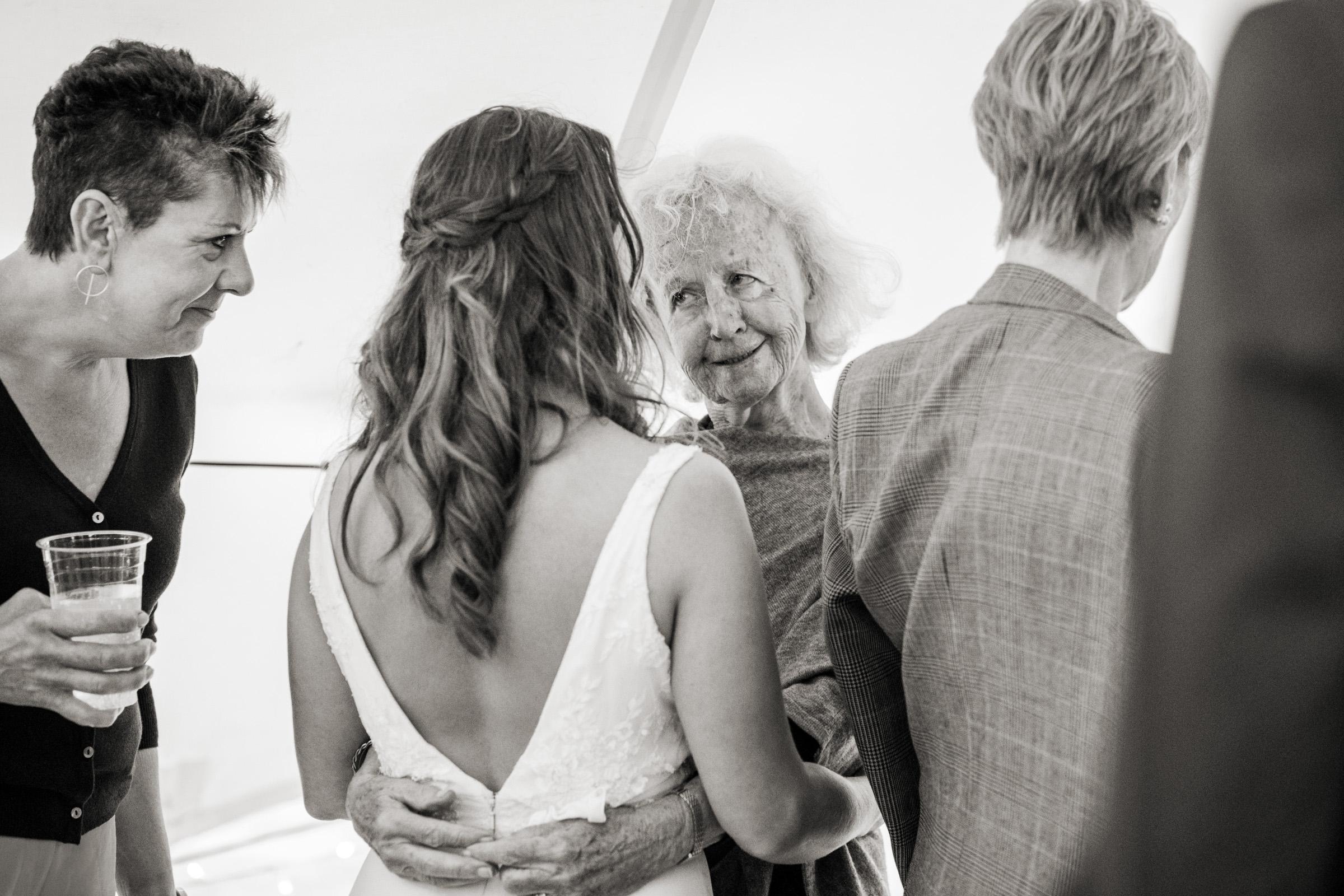 wedding photography at Gins Barn 050.jpg
