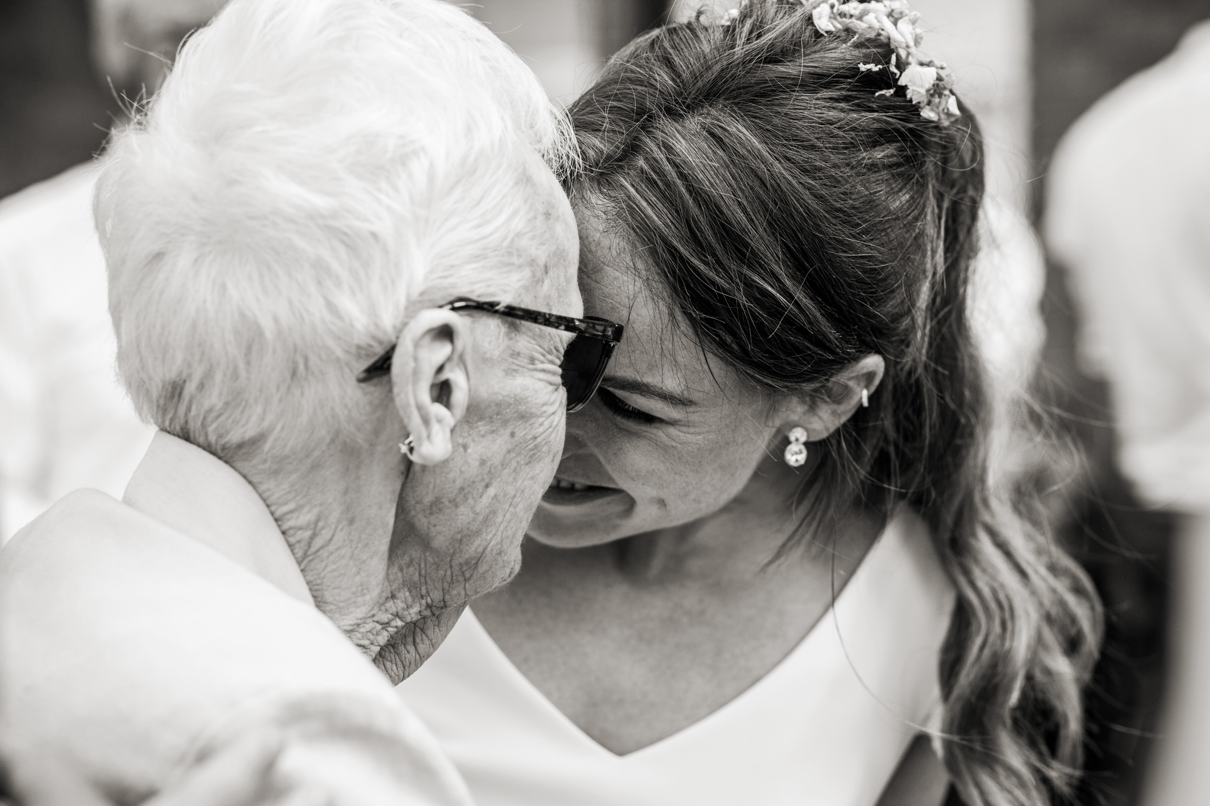 Wedding Photography in Ewshot Surrey 028.jpg