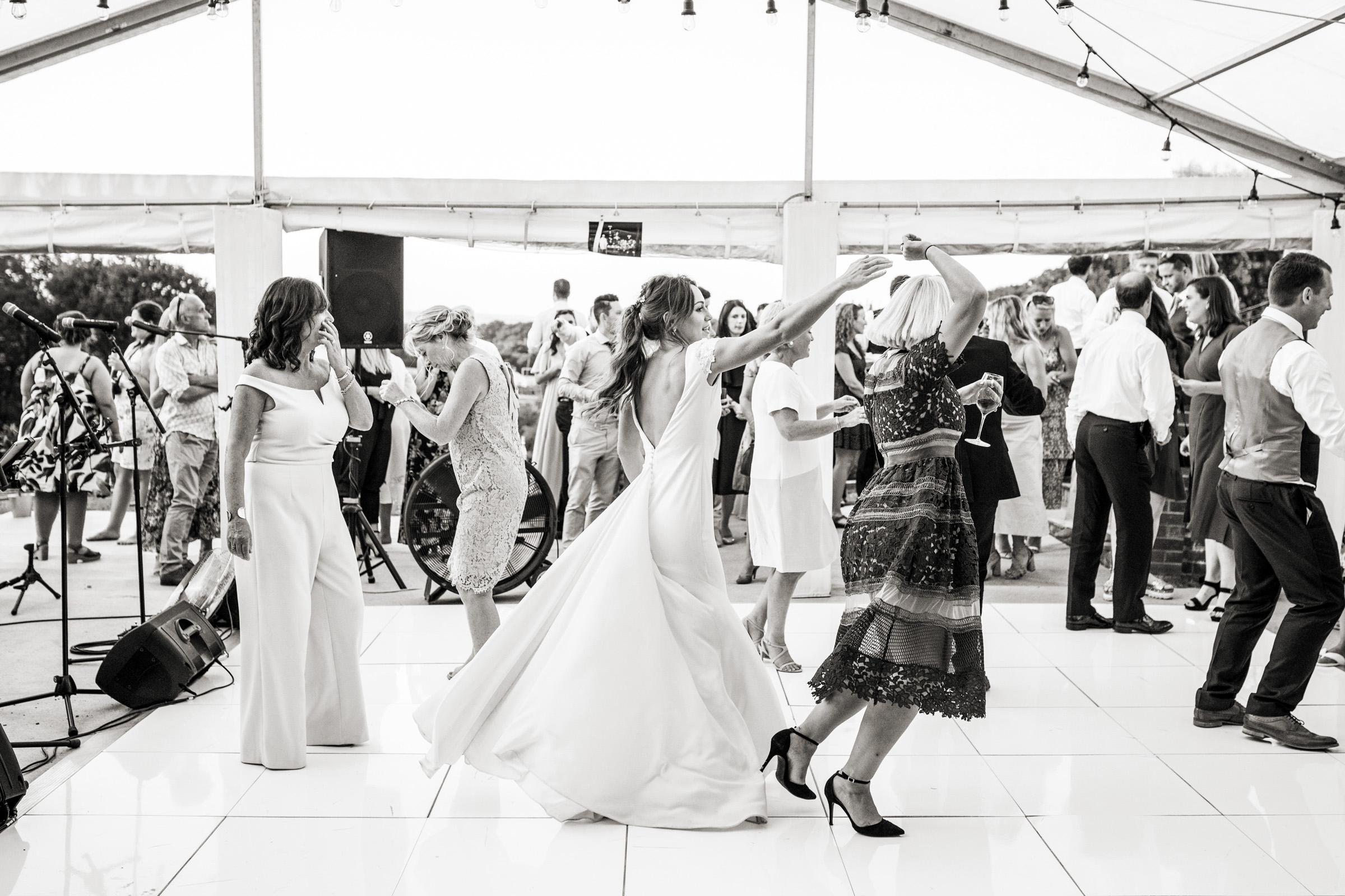 Wedding Photography in Ewshot Surrey 051.jpg