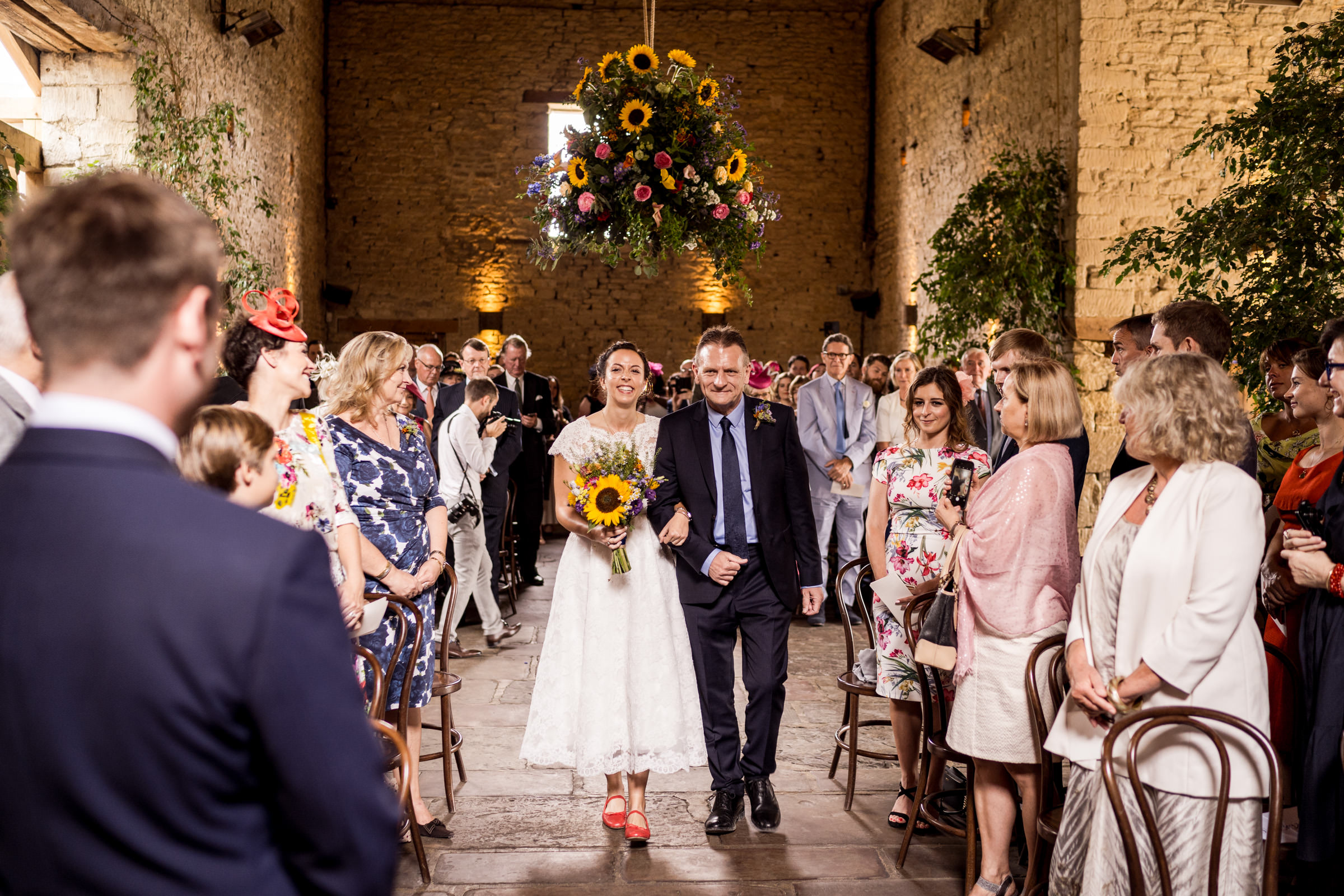 Cripps Barn Bibury Cotswolds Wedding Photography 010.jpg