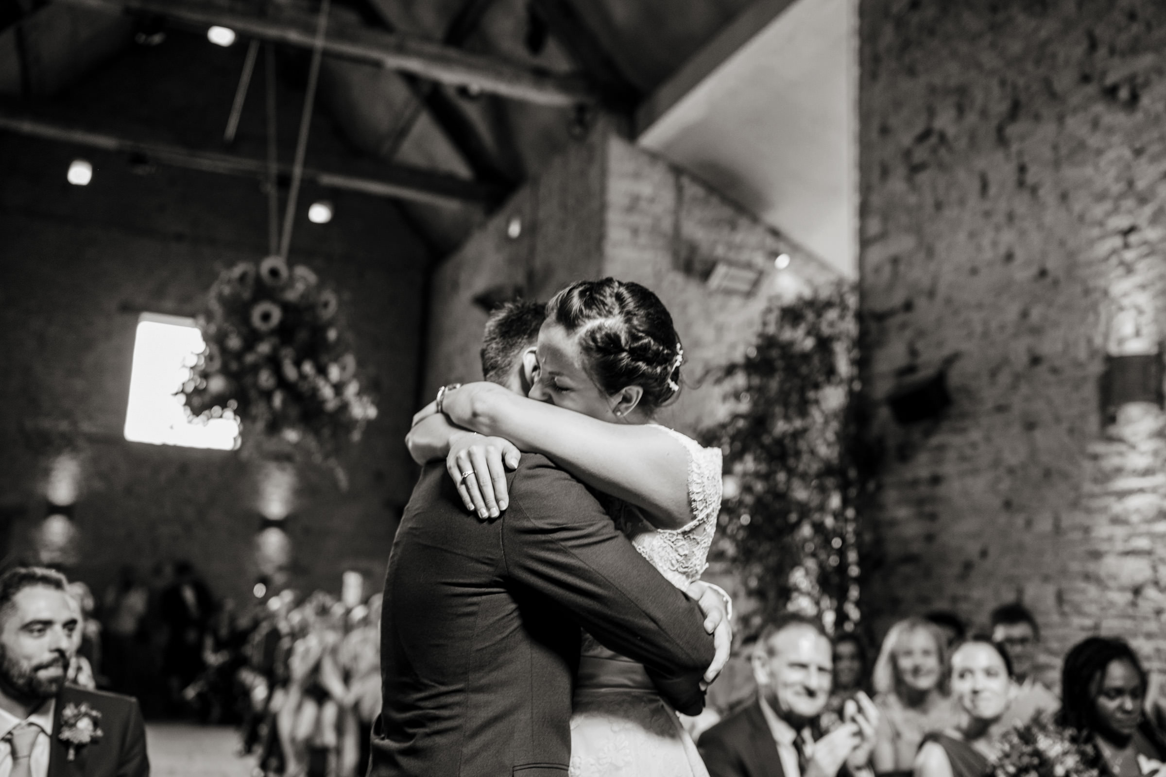 Cripps Barn Bibury Cotswolds Wedding Photography 014.jpg