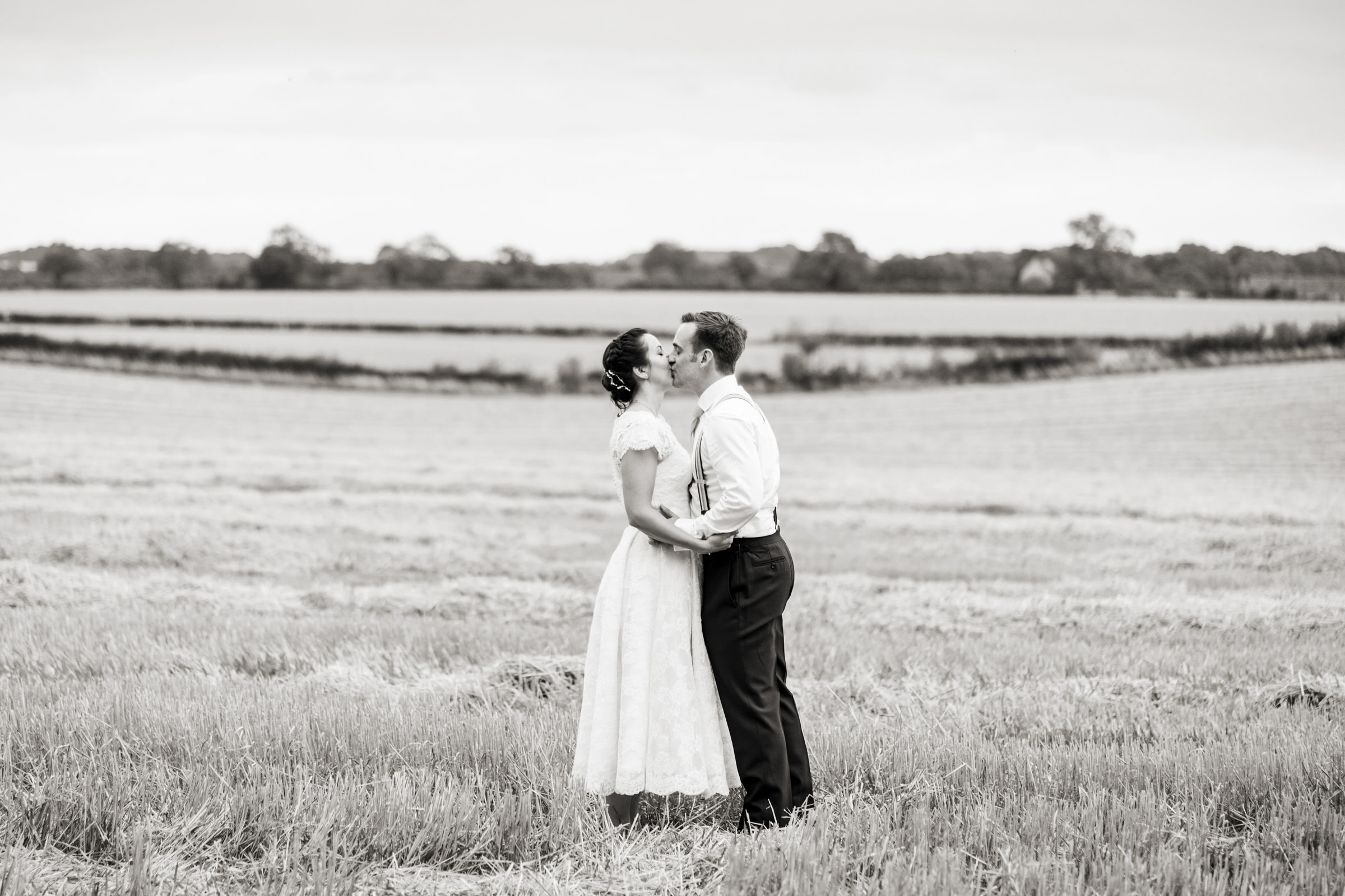 Cripps Barn Bibury Cotswolds Wedding Photography 034.jpg