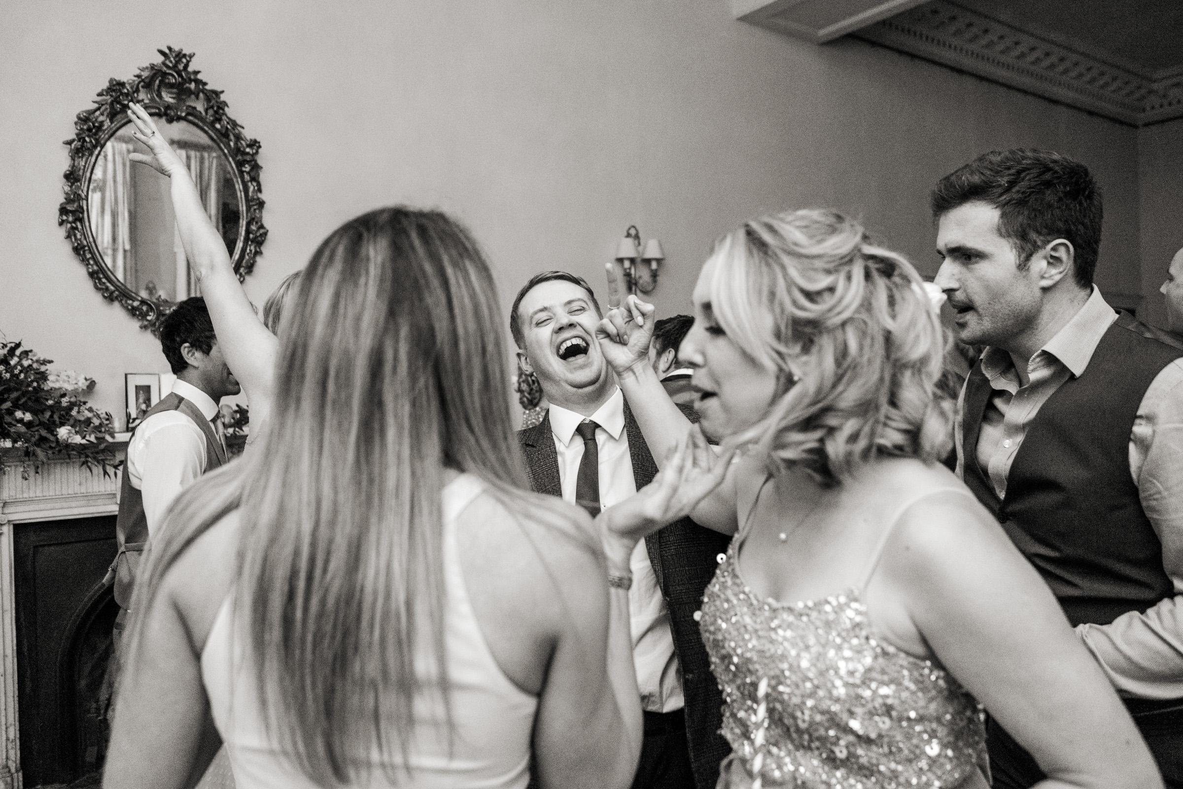 Pynes House Devon Wedding Photography 046.jpg