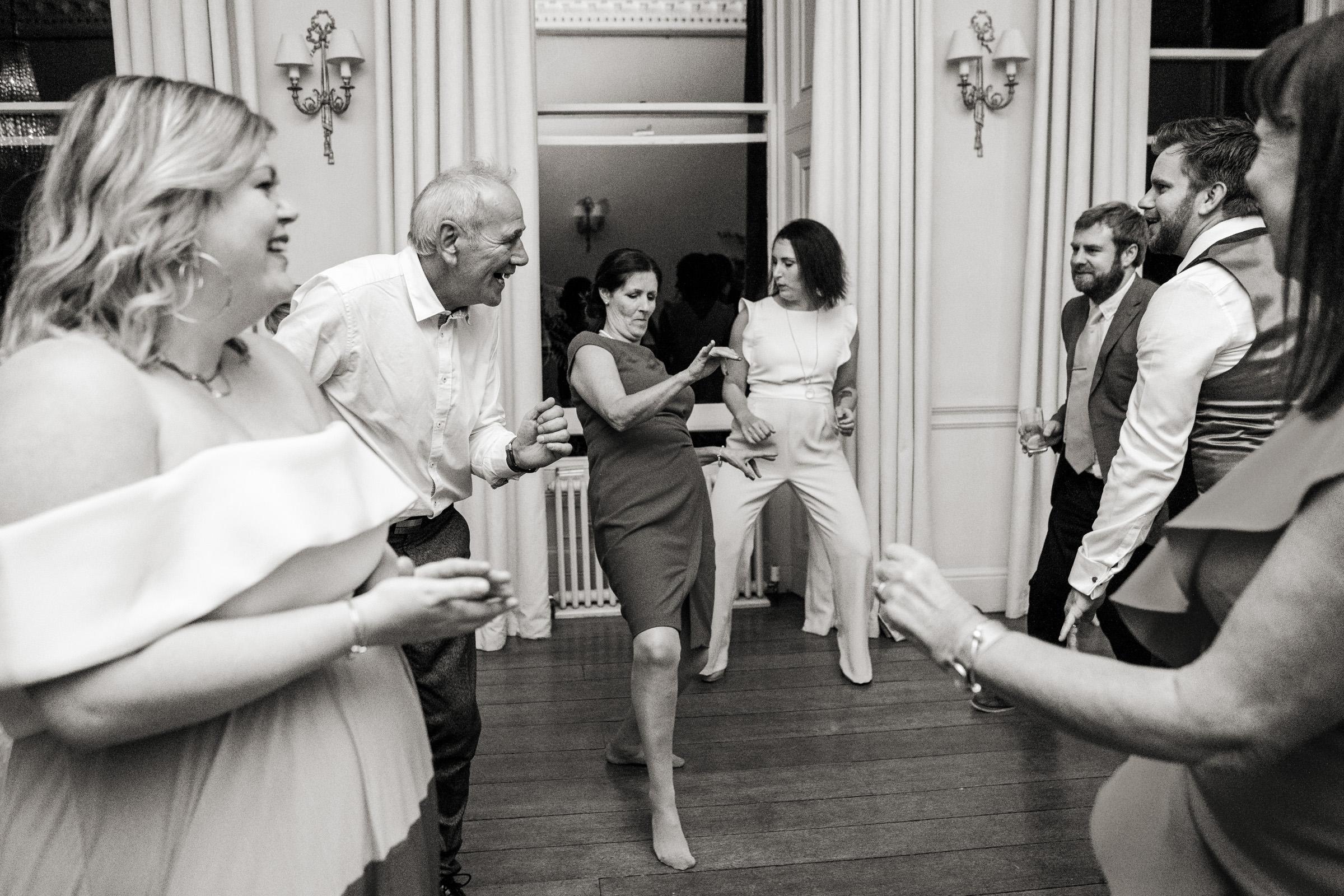 Pynes House Devon Wedding Photography 047.jpg