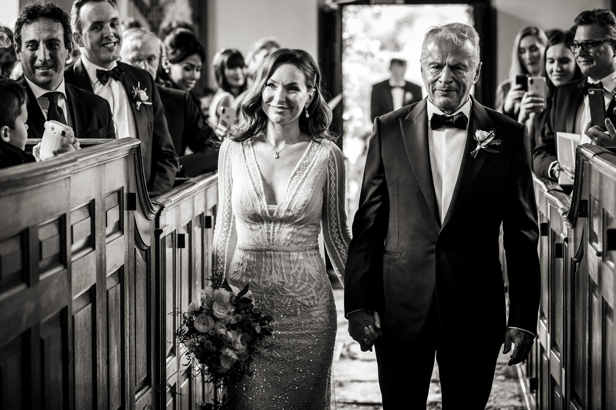 《环球》的《婚礼》……