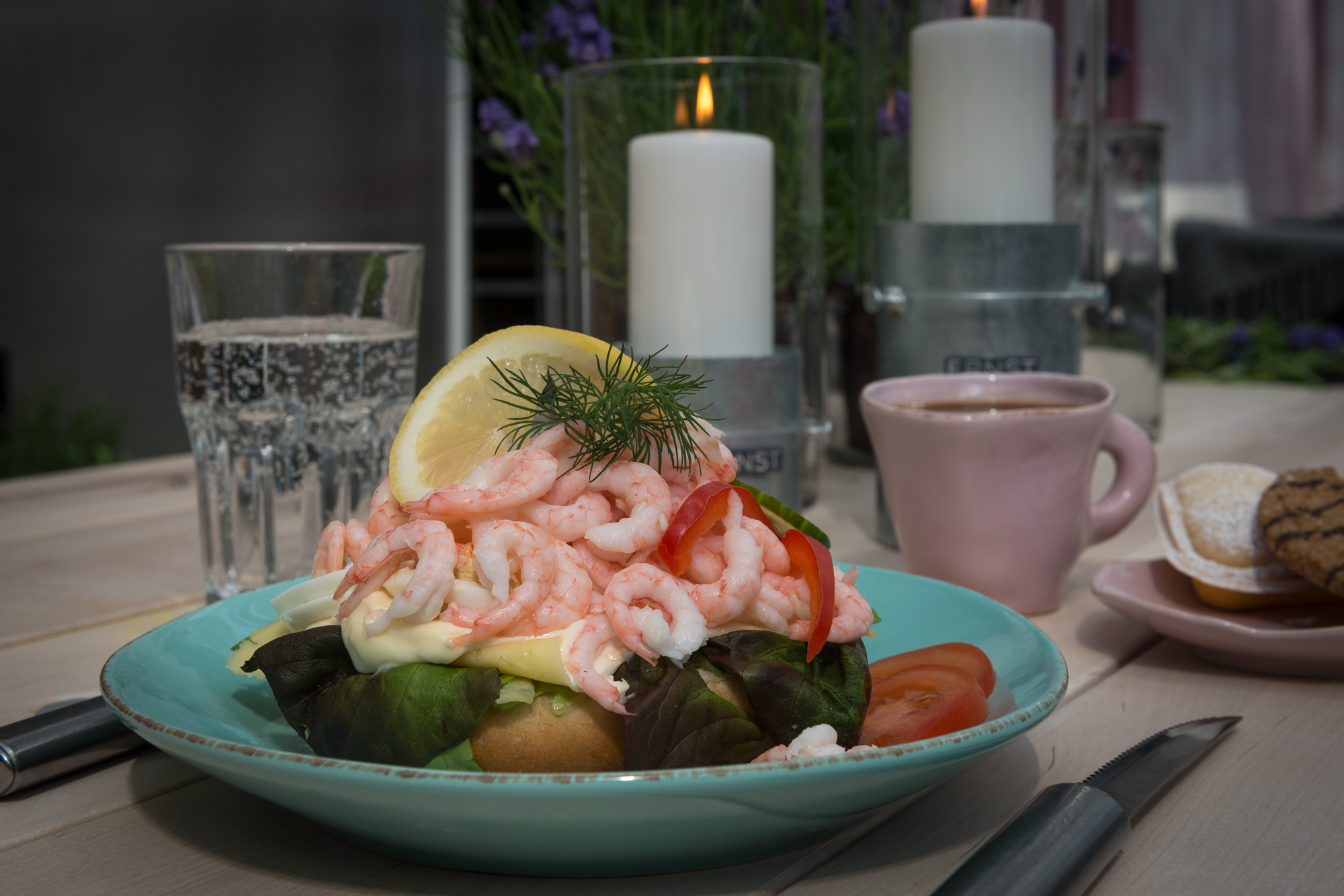 Åsbyhemochträdgård-räksmörgås 2014.jpg