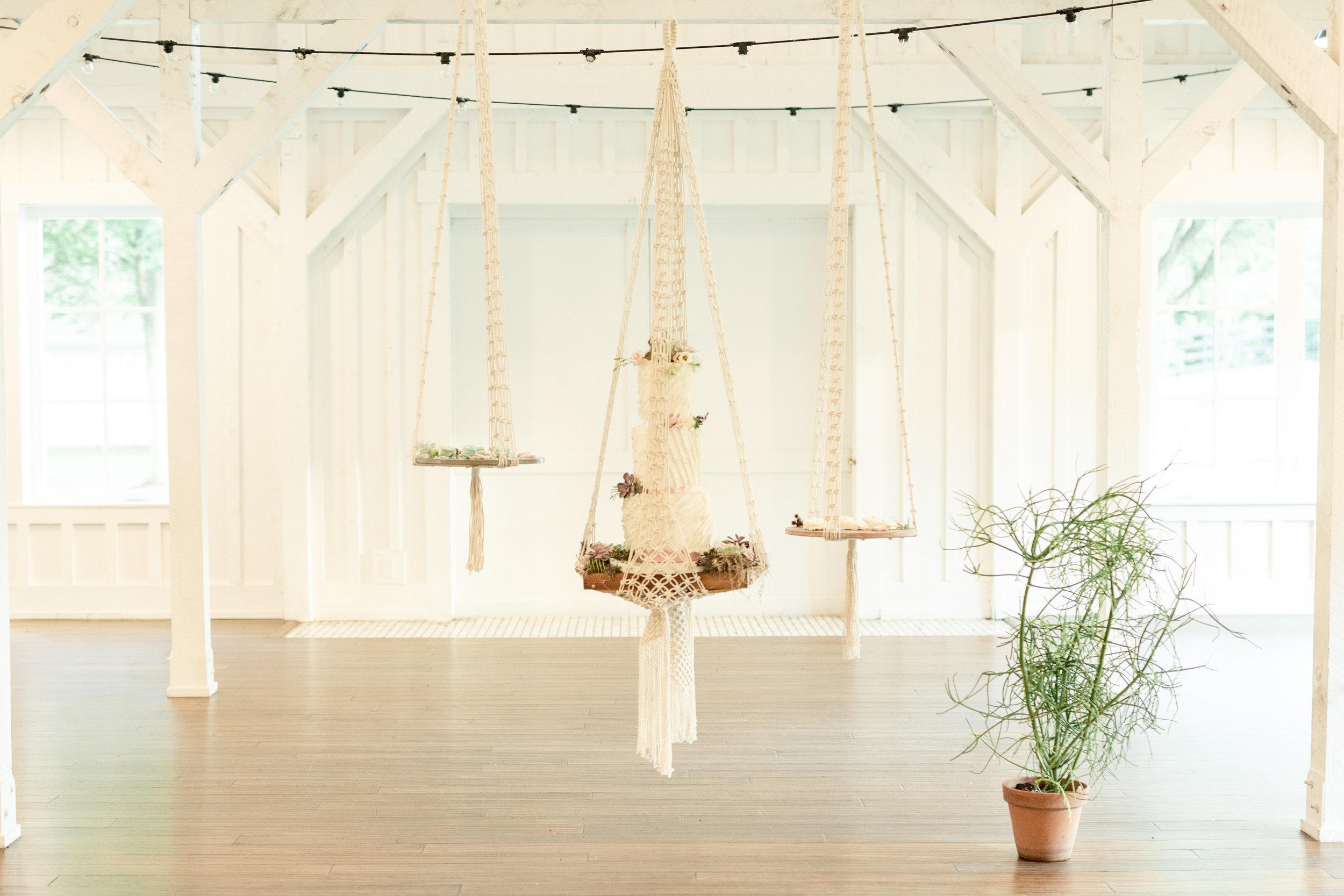 macrame wedding cake driftwood reception.jpg