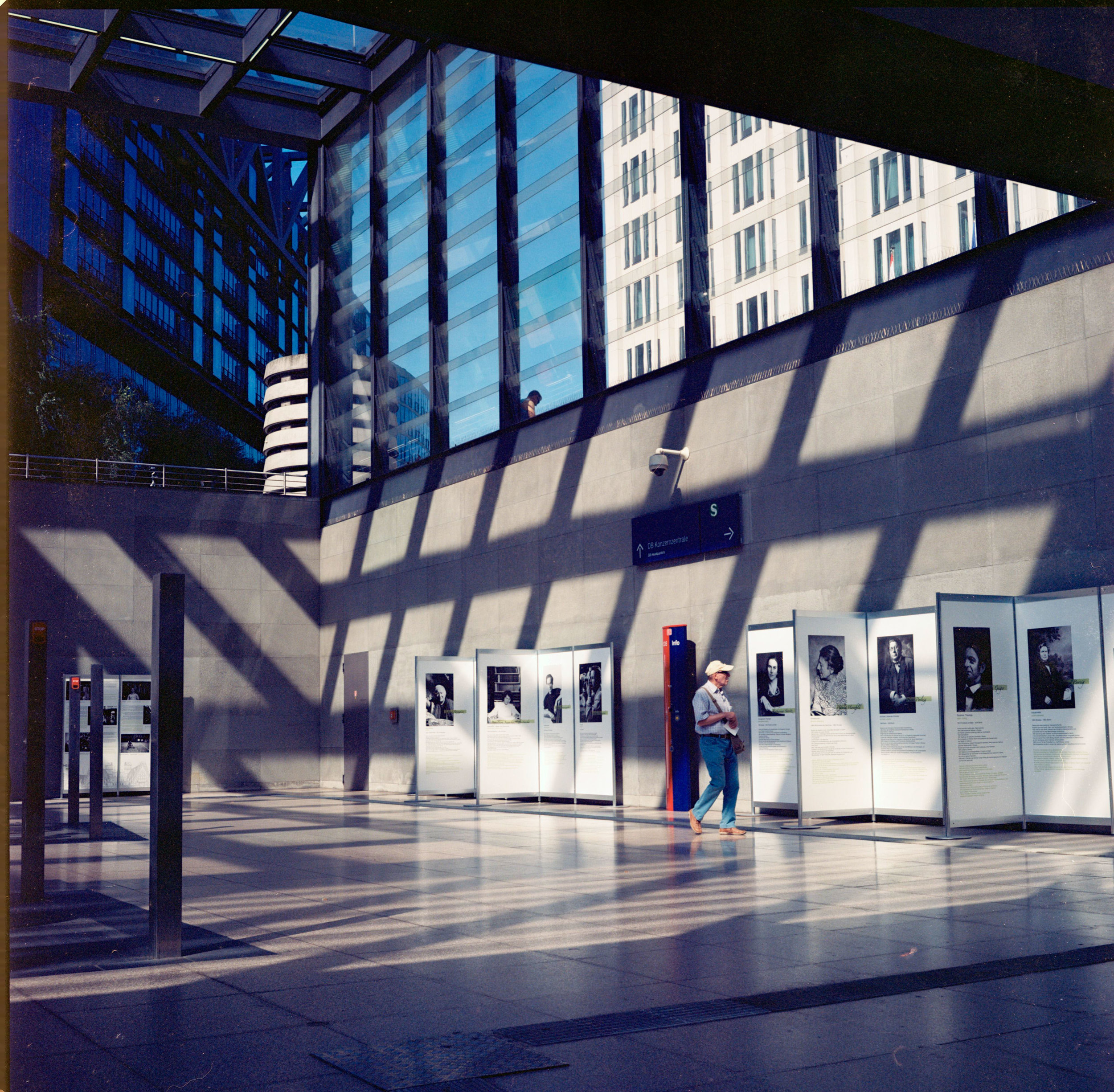 Berlin Subway - Kodak Ektar 100.