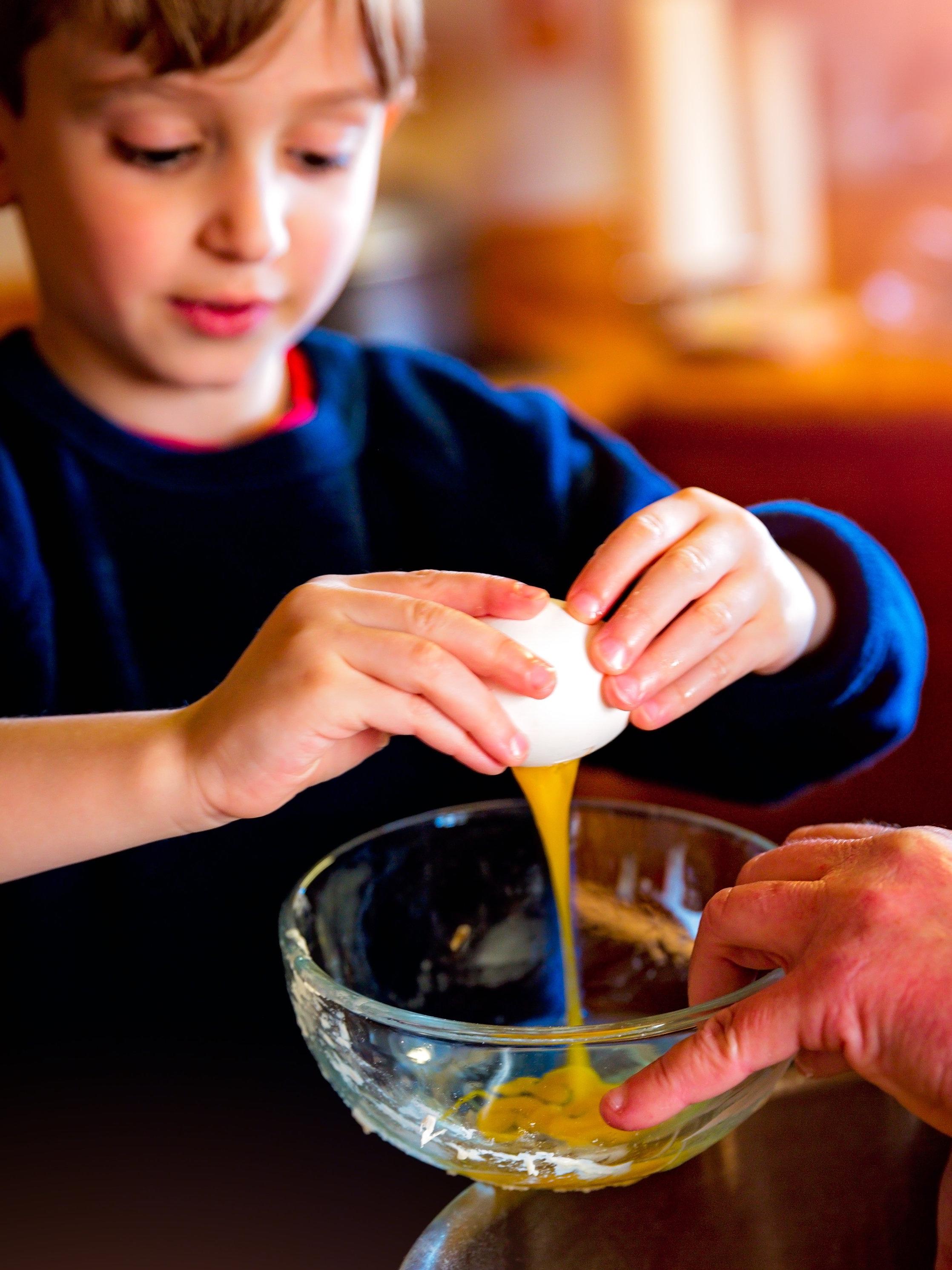 Canva+-+Baking%2C+Children%2C+Cooking%2C+Education%2C+Grandparents.jpg
