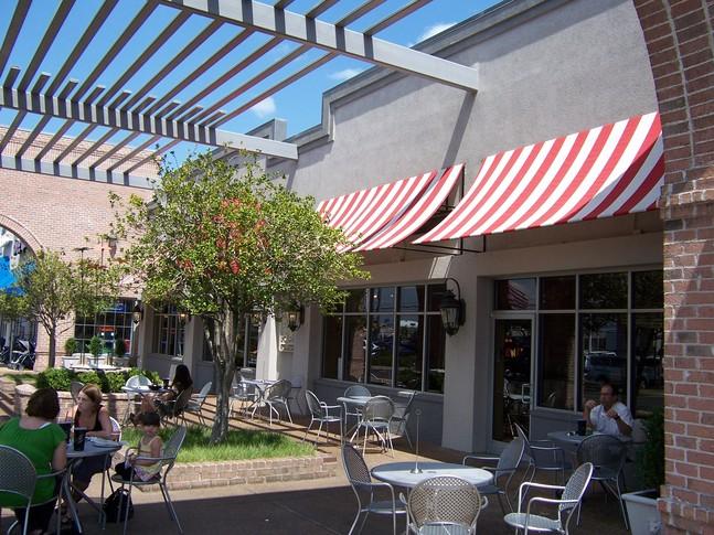 647_Parkway_Plaza_Shopping_Center_8.jpg