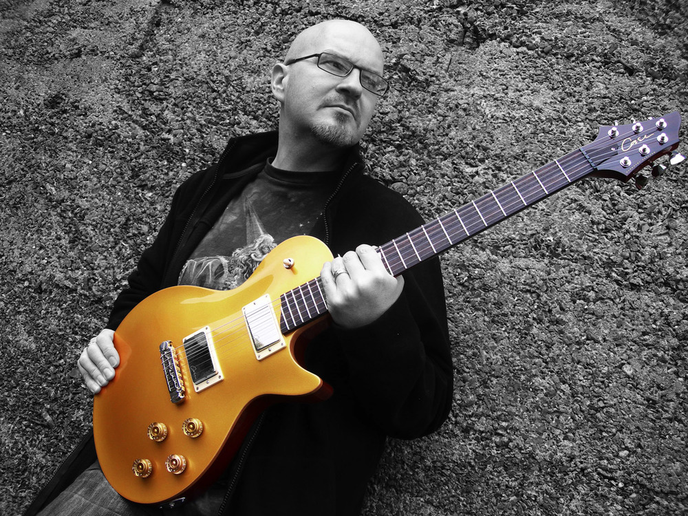Roy Fulton - One of Northern Ireland's premier guitarists and experienced guitar tutors.