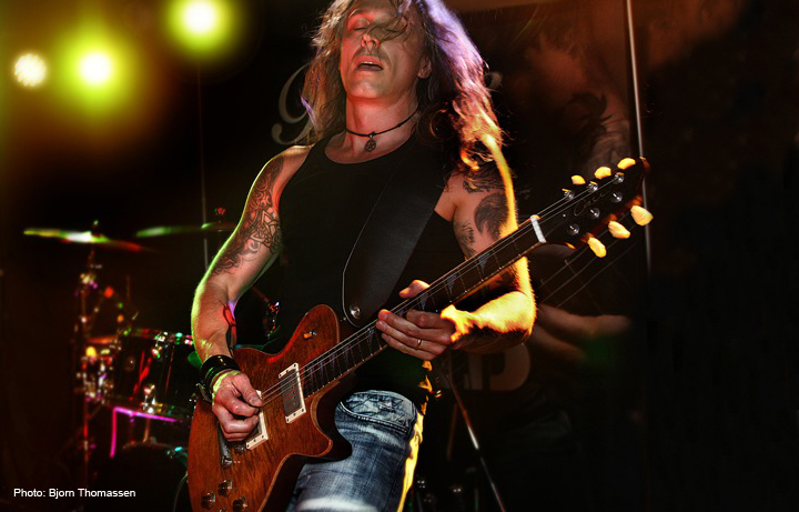 Tim Mills - Former Elkie Brooks guitarist, MD and founder of Bare Knuckle Pickups.
