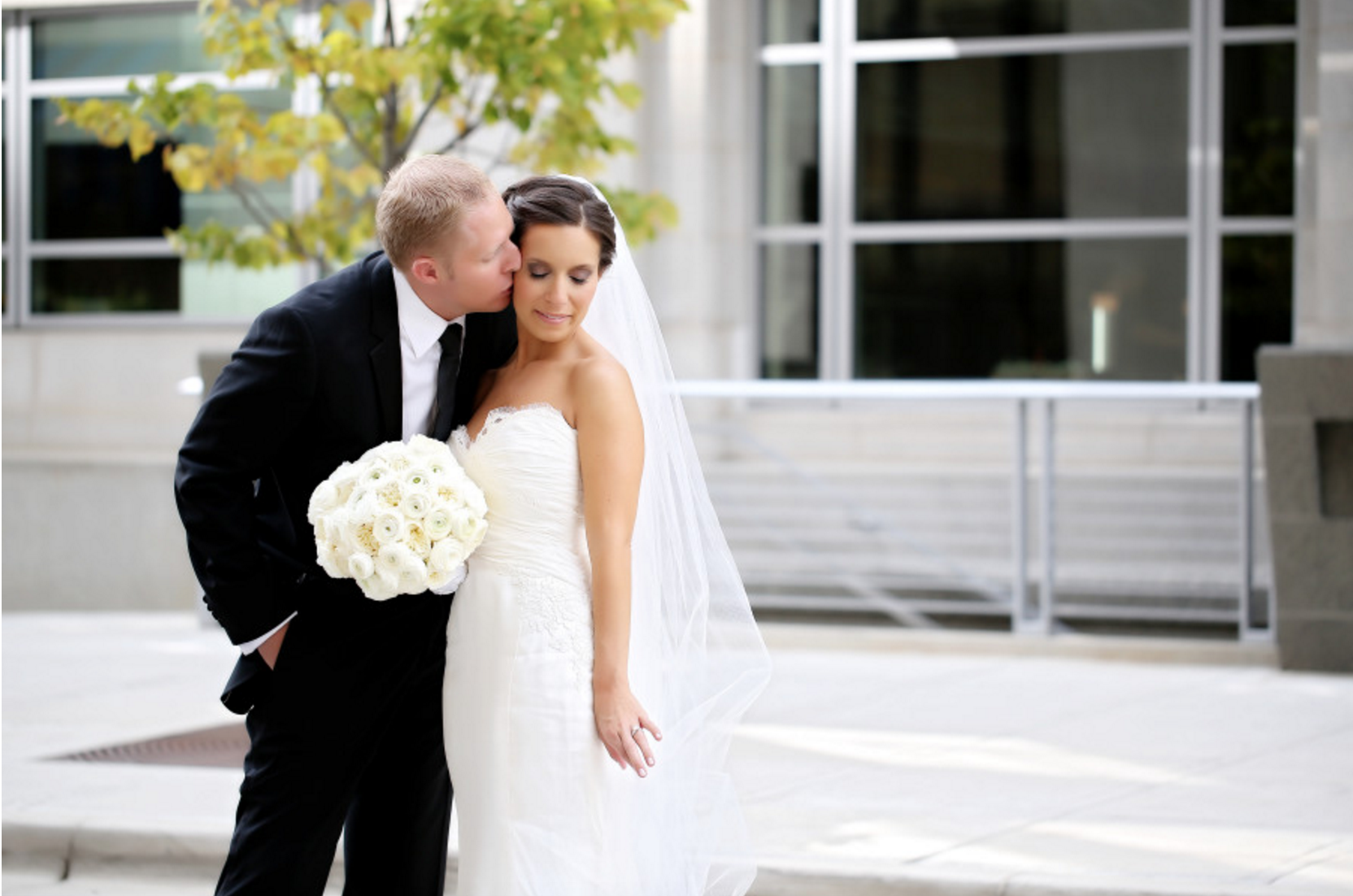 traditional bride and groom michigan florist