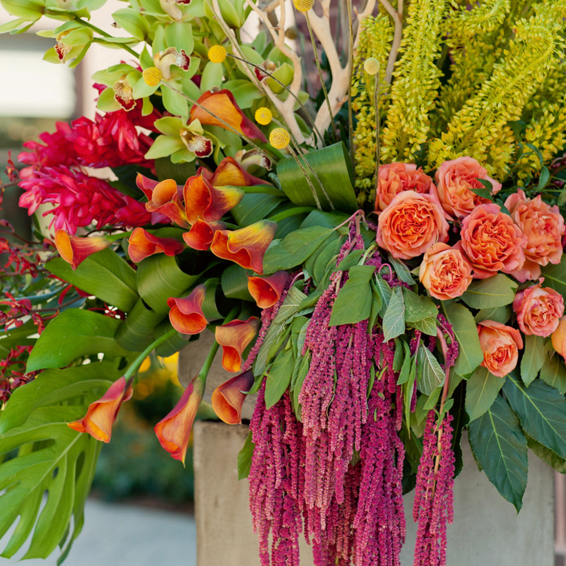 Tanger Outlet in Byron Center, MI Large Flower Installtion
