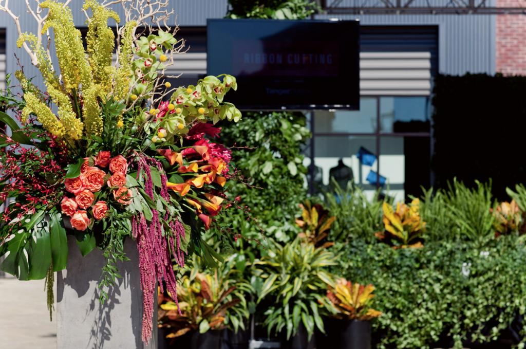Flower Arrangements for Tanger Outlet in Grand Rapids