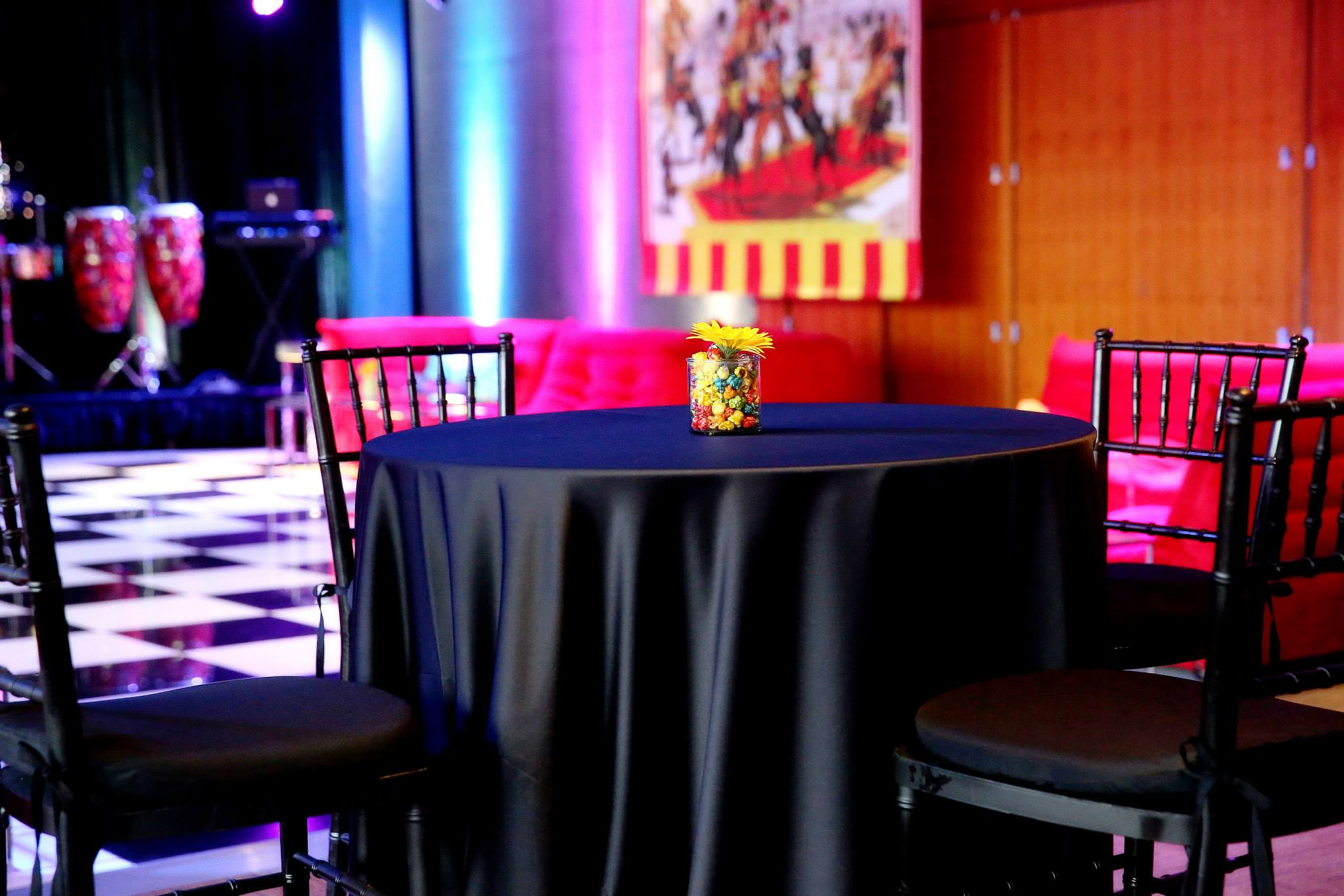 Grand Rapids, Michigan Black Tables and Chairs