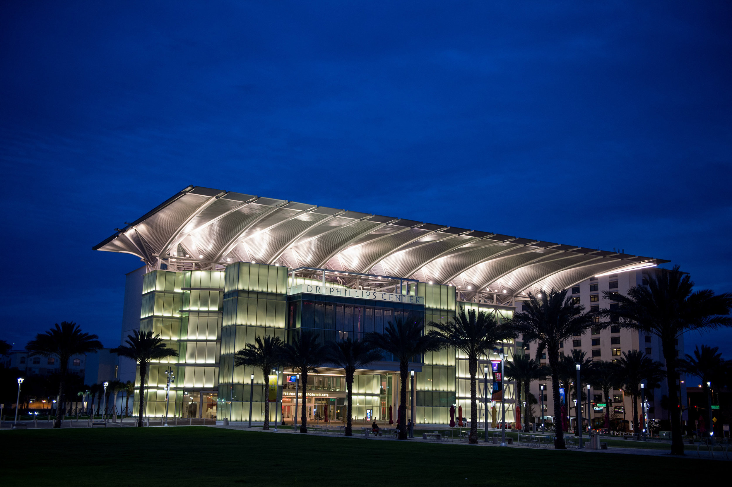 Dr. Phillips Center for the Performing Arts Wedding Venue Photos