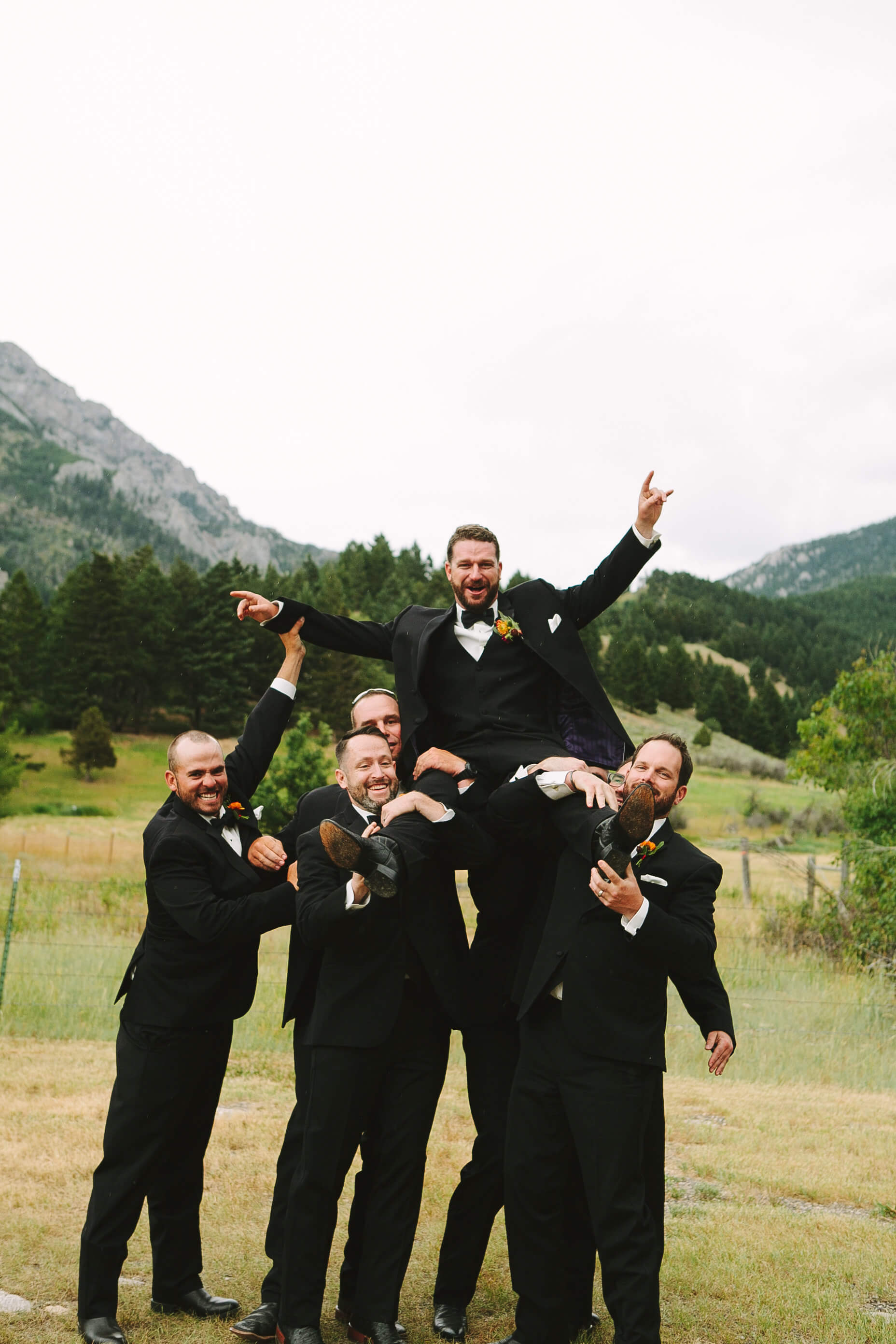 engle-olson-fran-ze-photo-montana-wedding-44.jpg