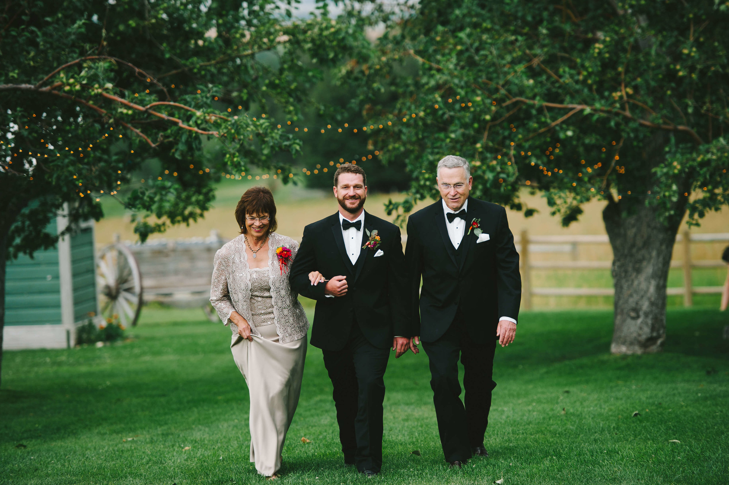 engle-olson-fran-ze-photo-montana-wedding-62.jpg