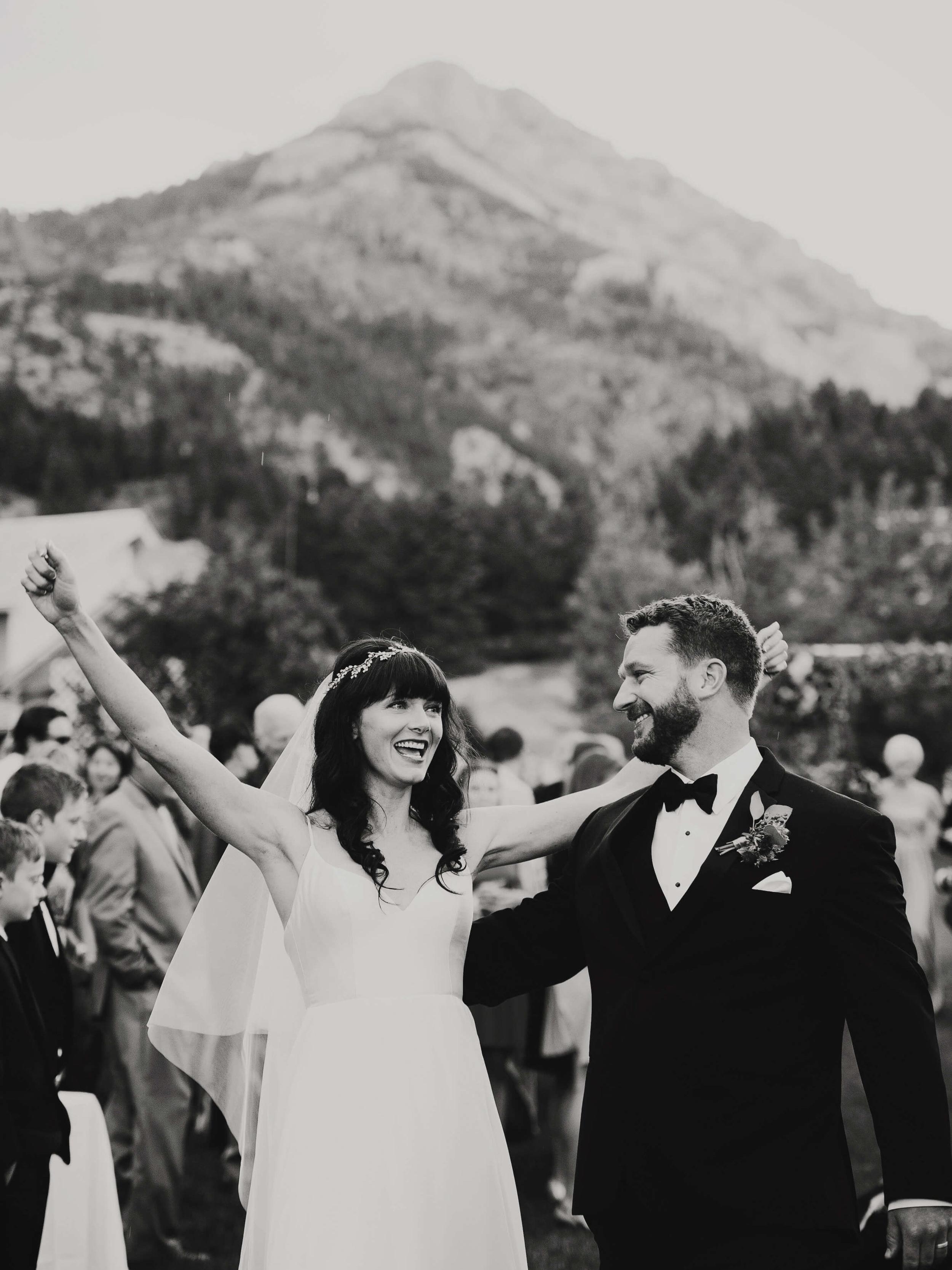 engle-olson-fran-ze-photo-montana-wedding-87.jpg