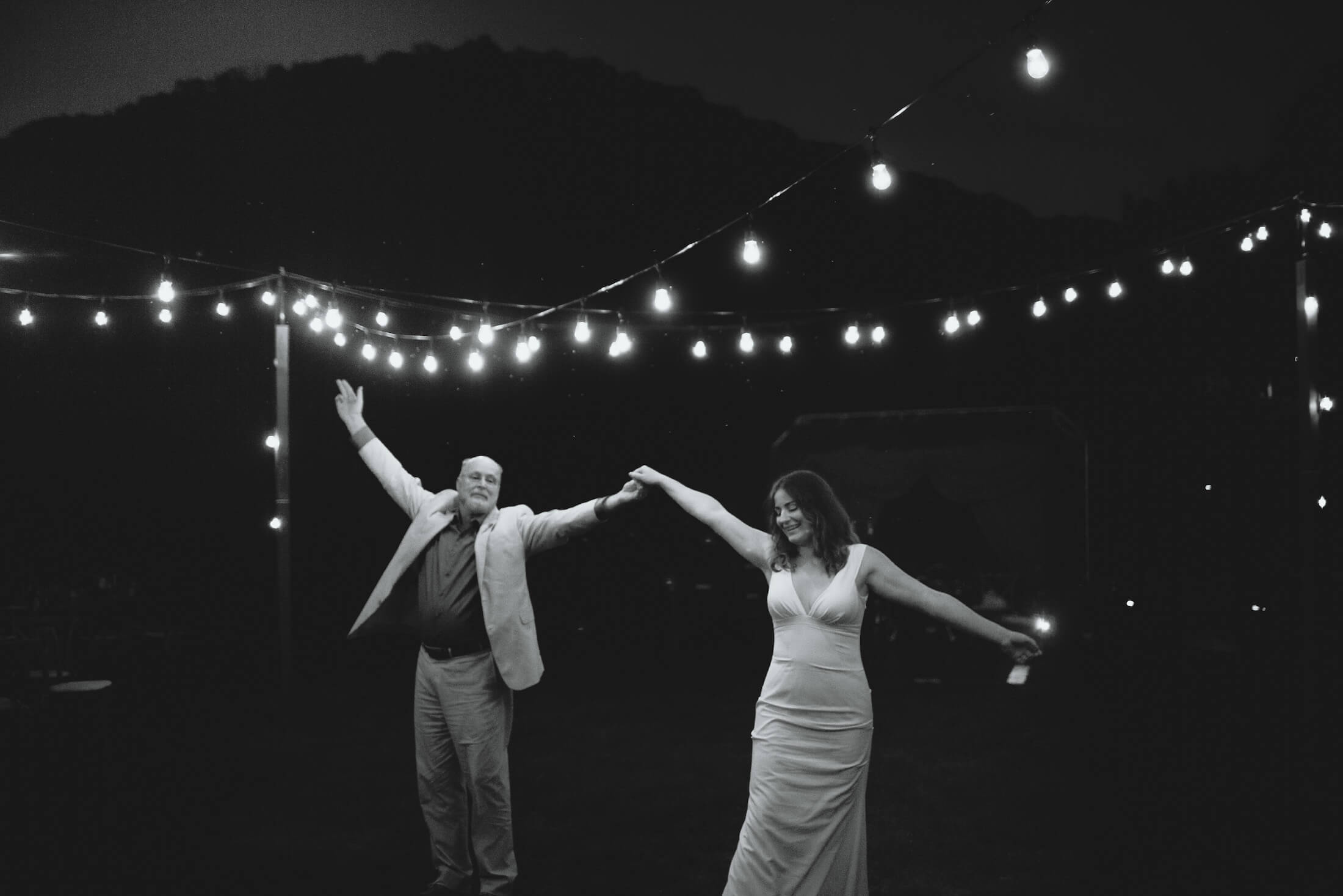 engle-olson-ray-kelly-photography-wisconsin-wedding-143.jpg