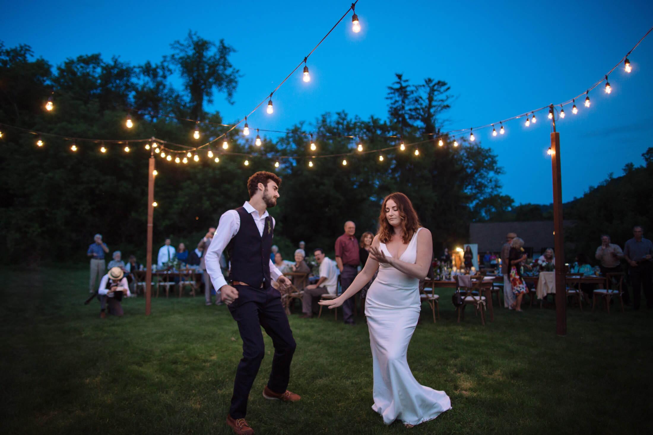 engle-olson-ray-kelly-photography-wisconsin-wedding-137.jpg