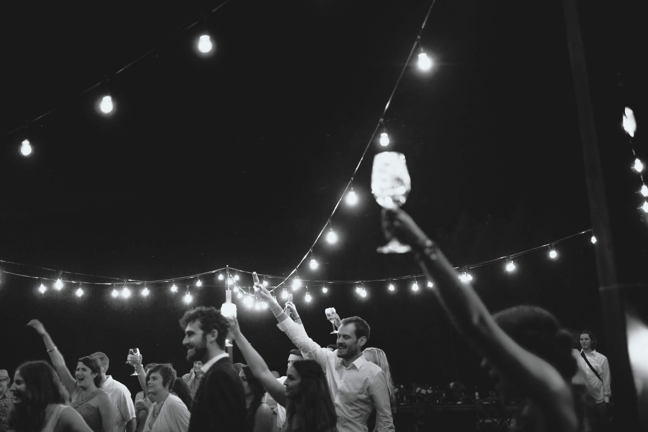 engle-olson-ray-kelly-photography-wisconsin-wedding-149.jpg