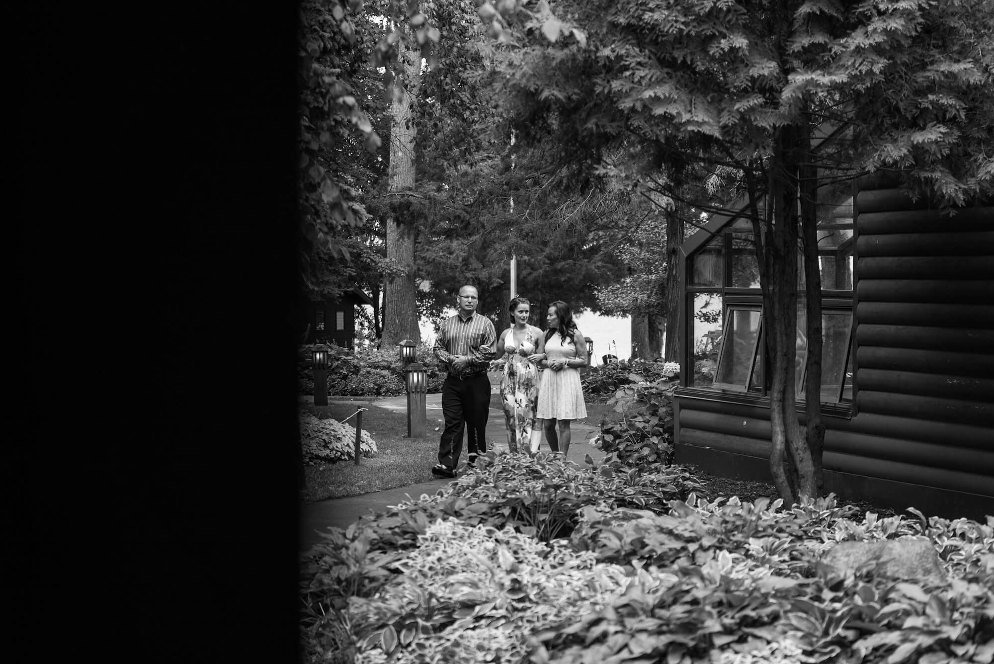 engle-olson-maddy-pat-mn-wedding-photography-15.jpg