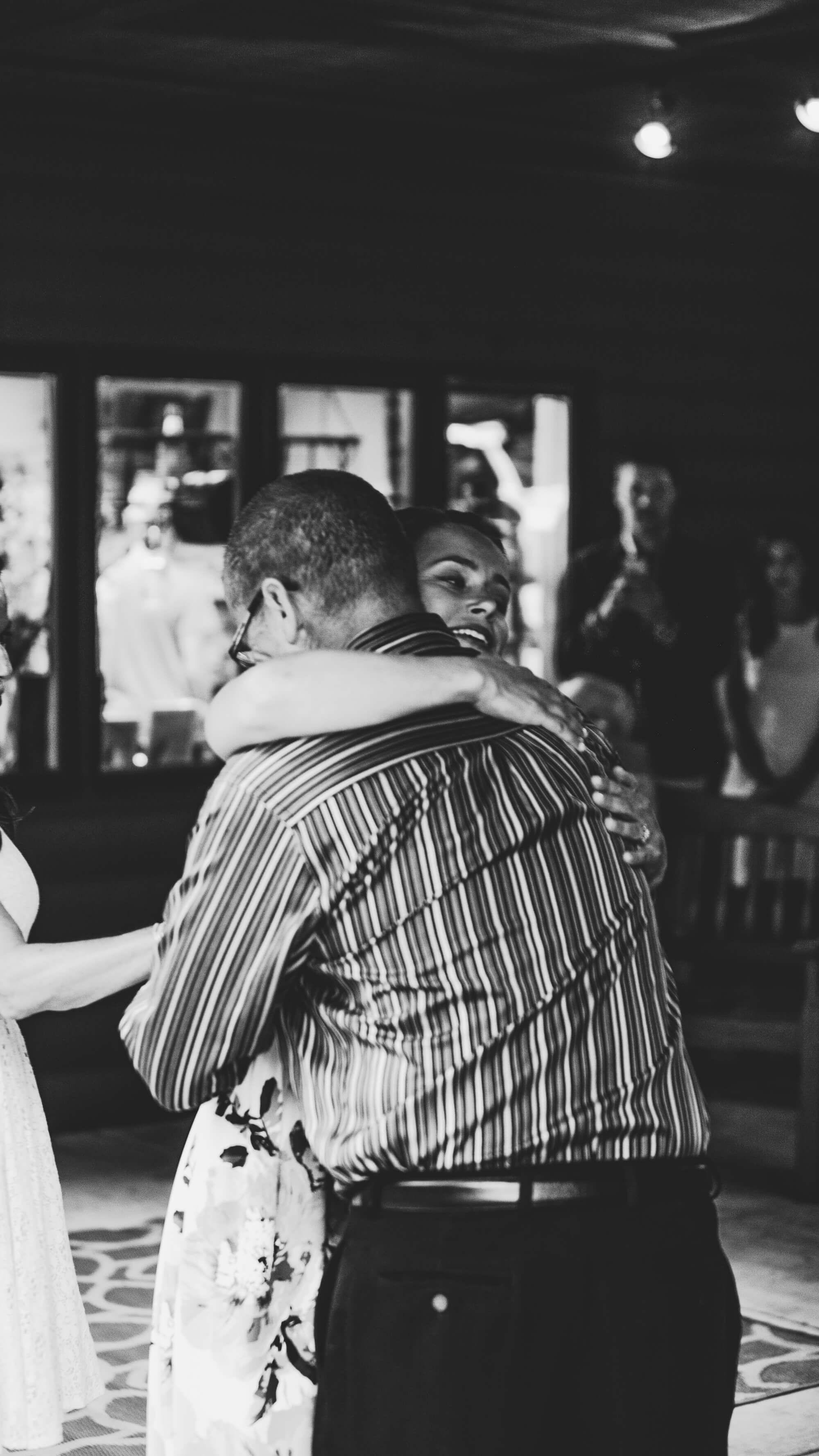 engle-olson-maddy-pat-mn-wedding-photography-16.jpg