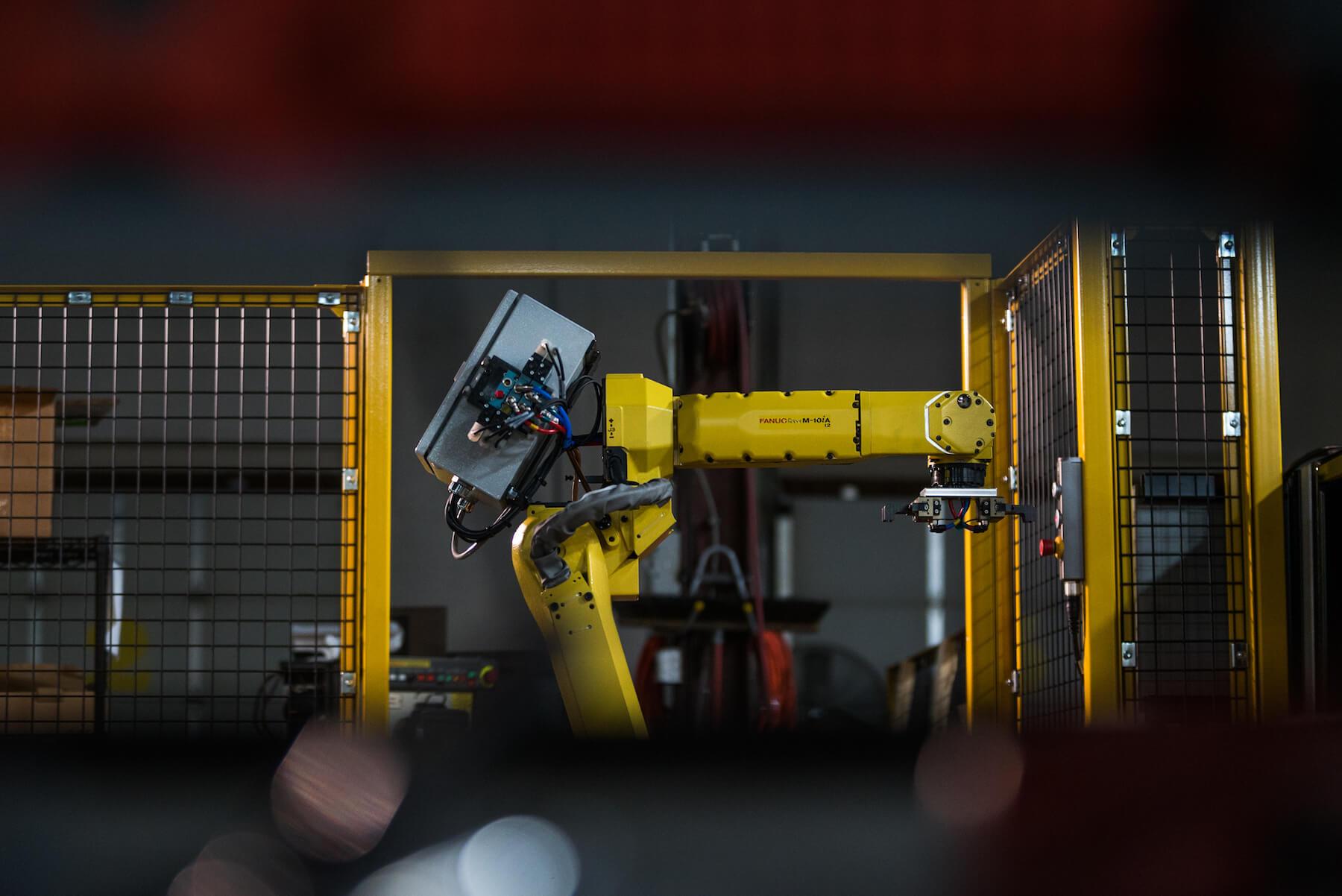engle-olson-commercial-photography-PRI-Robotics-19.jpg