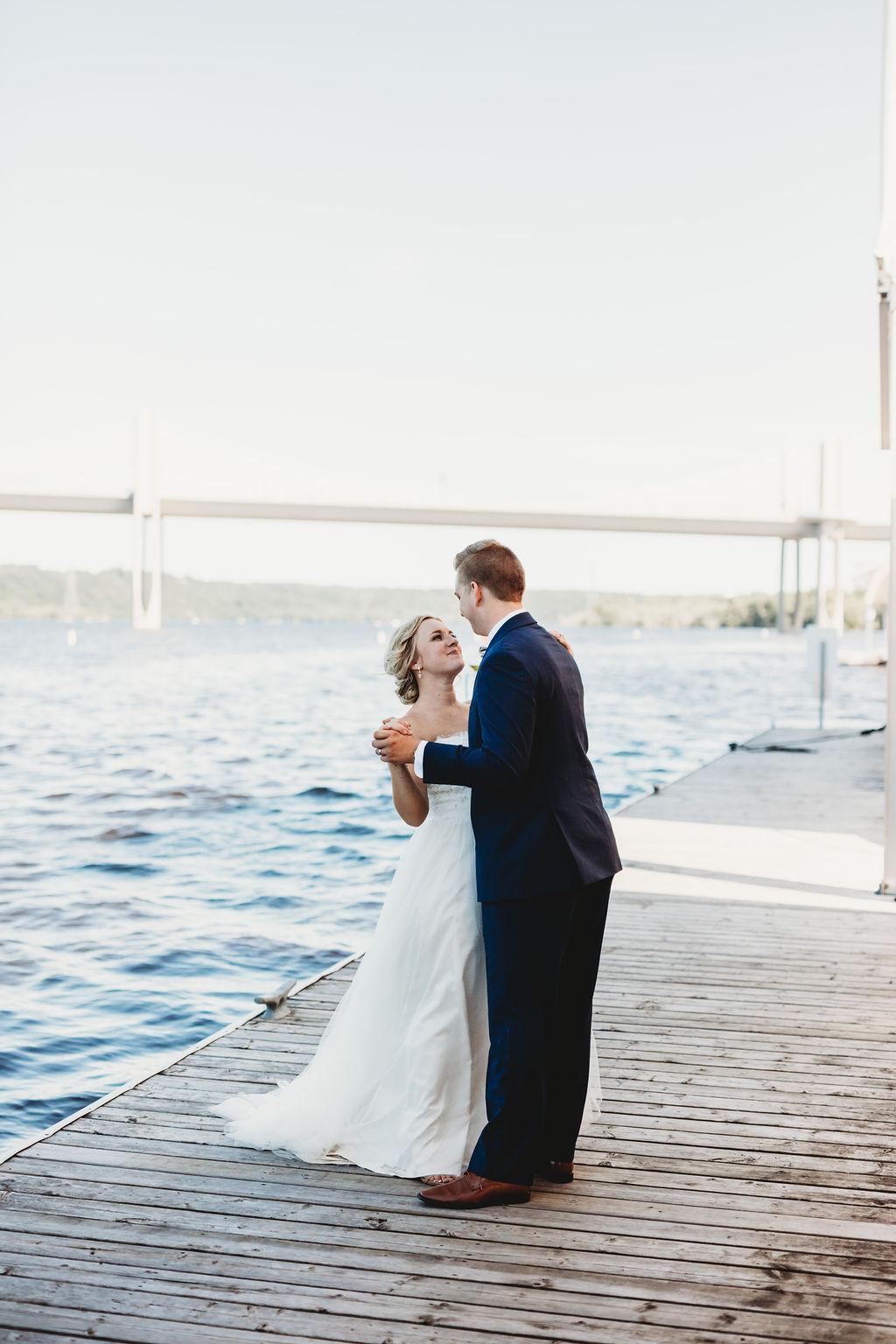 engle-olson-katie-dalton-wedding-clewell-photography-7.jpg