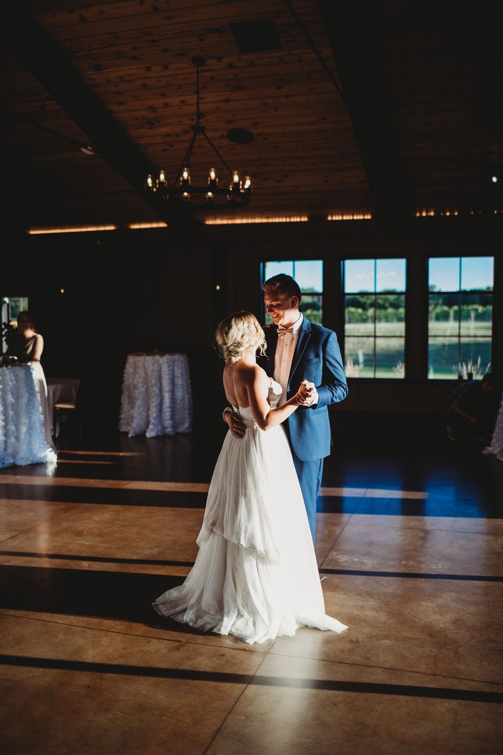 engle-olson-katie-dalton-wedding-clewell-photography-28.jpg
