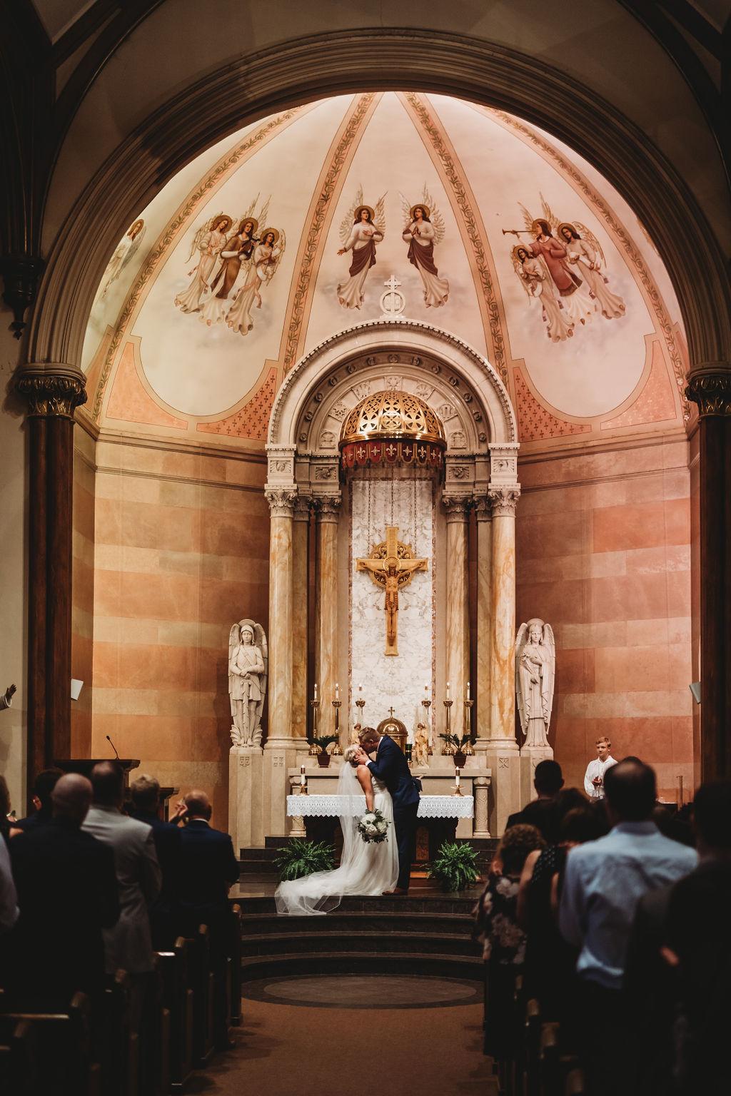 engle-olson-katie-dalton-wedding-clewell-photography-39.jpg