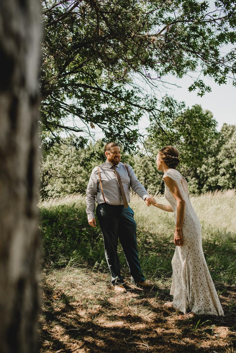 engle-olson-emily-skyler-mn-wedding-17.jpg