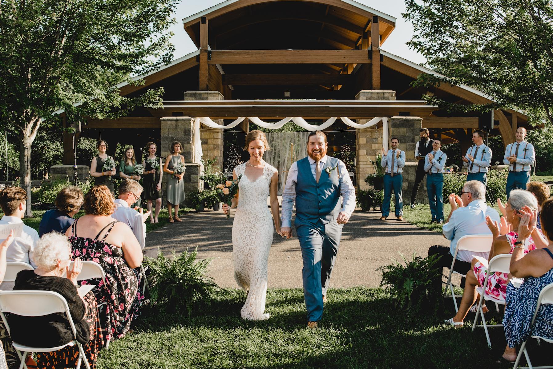 engle-olson-emily-skyler-mn-wedding-43.jpg