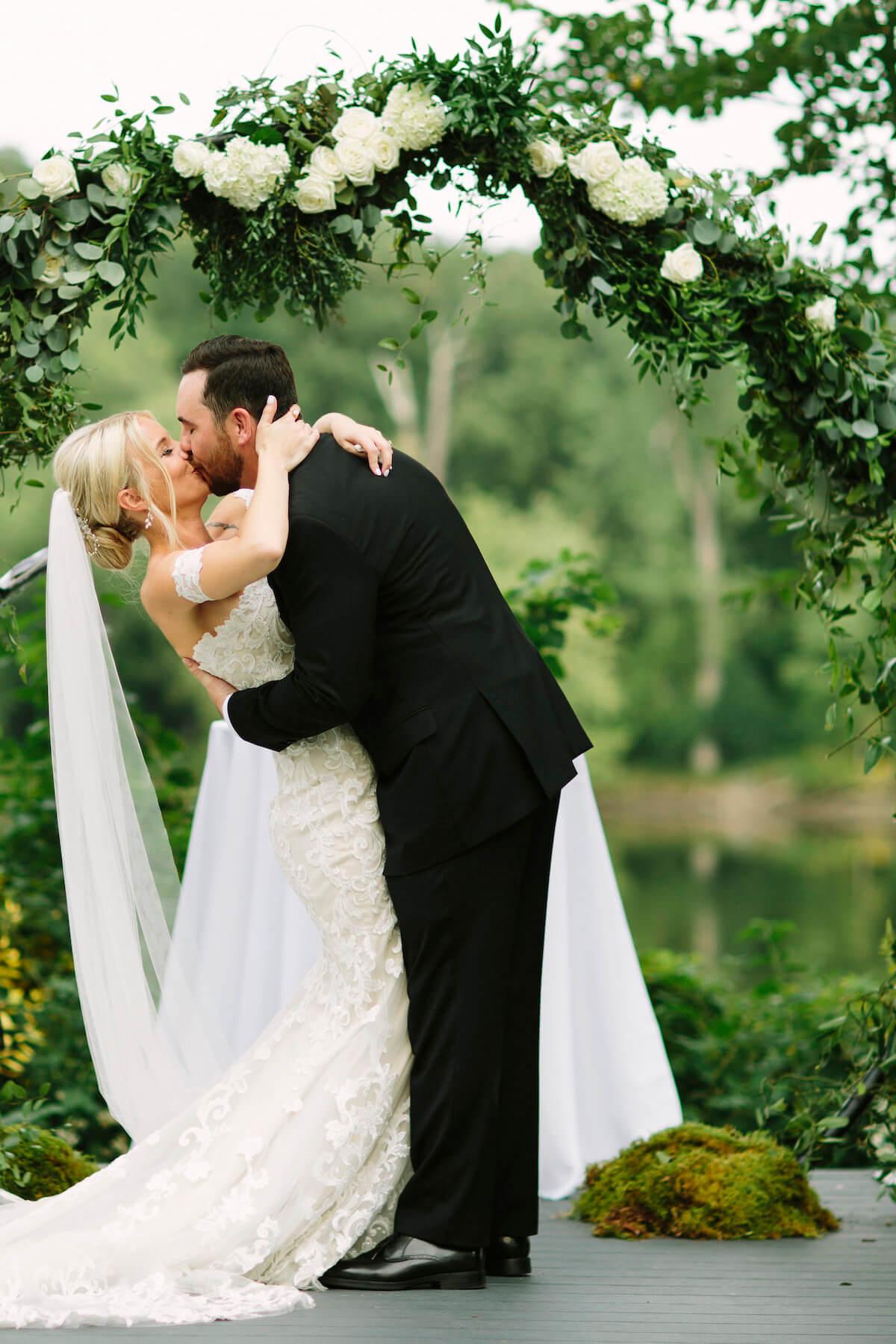 engle-olson-april-cj-wedding-jessica-holleque-9.jpg