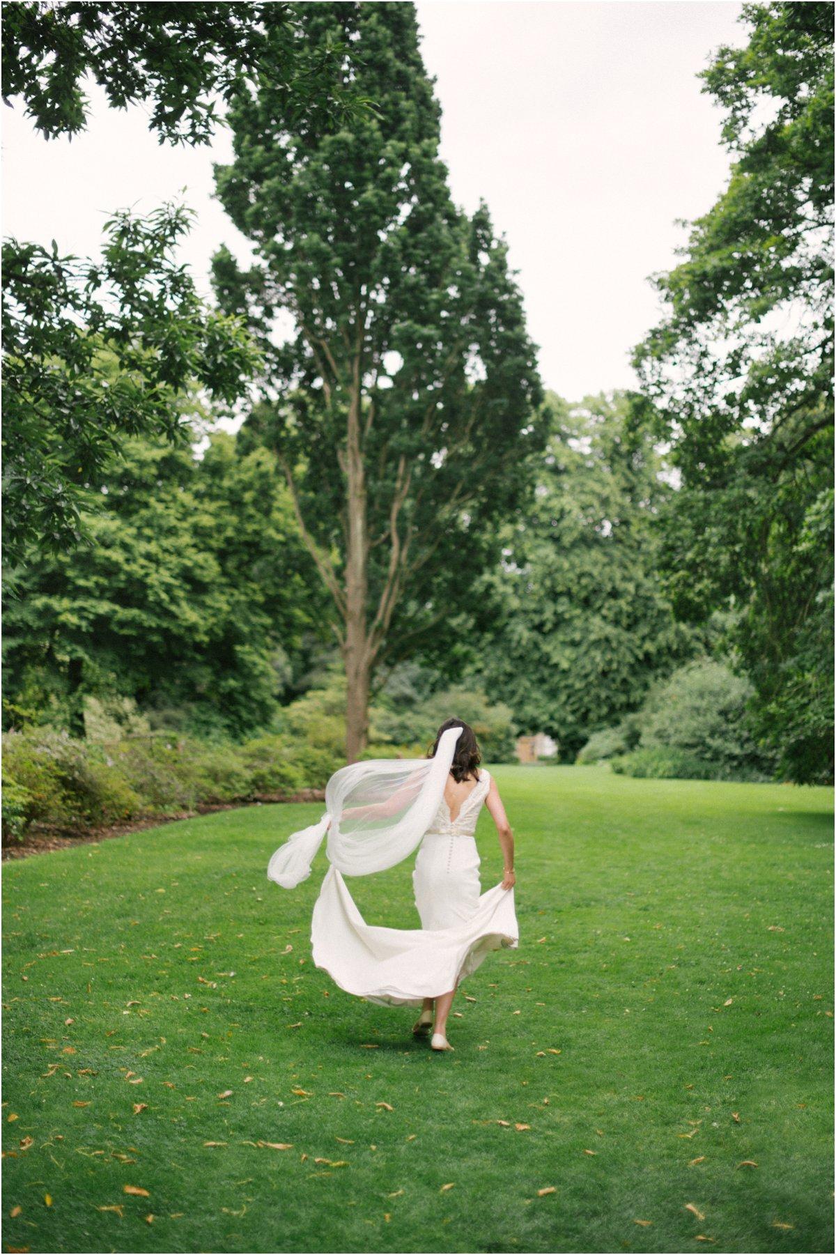 Botanic_Gardens_Edinburgh_Wedding_photography-23a.jpg