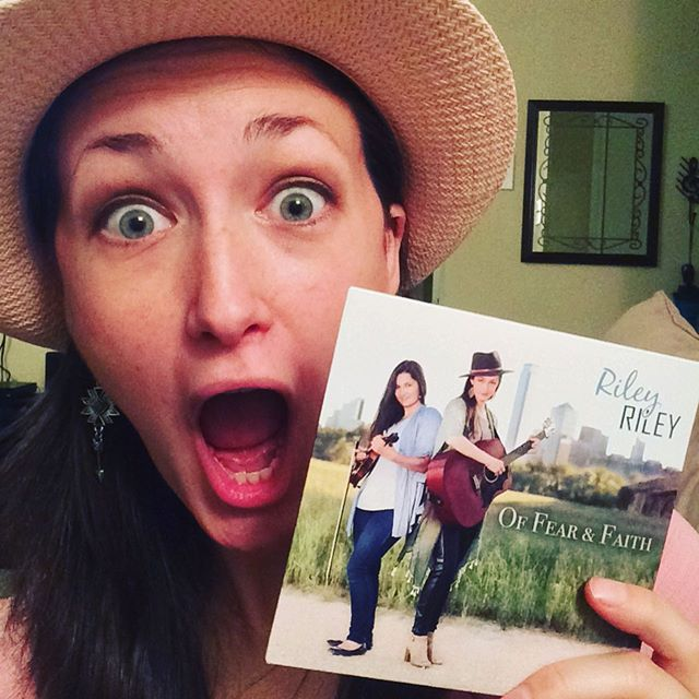 """WHAT THE WHAT?!?! They're HERE!!!!!! Official @rileyrileymusic Album """"Of Fear & Faith"""" is here and ready for gigs!!!! #comeandgetem #newmusic #newalbum #excited #lovethatnewcdsmell"""