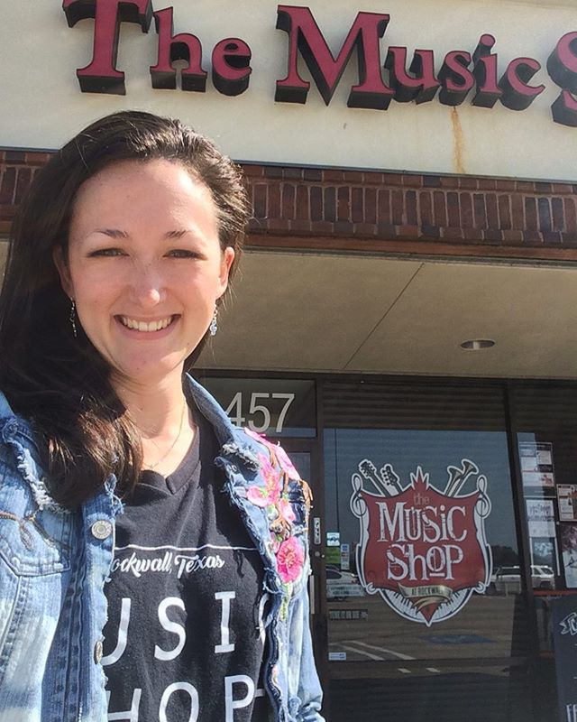 Bittersweet day today... Entering a new season, but having to say goodbye to the old one. @musicshoprockwall has been my home the last three years. So many memories in this building. So many lessons. Haha. Gonna miss my sweet students and music shop fam. Love you all! ❤️#musicteaching #teacherlife #newchapters #hardgoodbyes #emotions @blaingraves @woodulrick @kevins311 @rock.on.shop