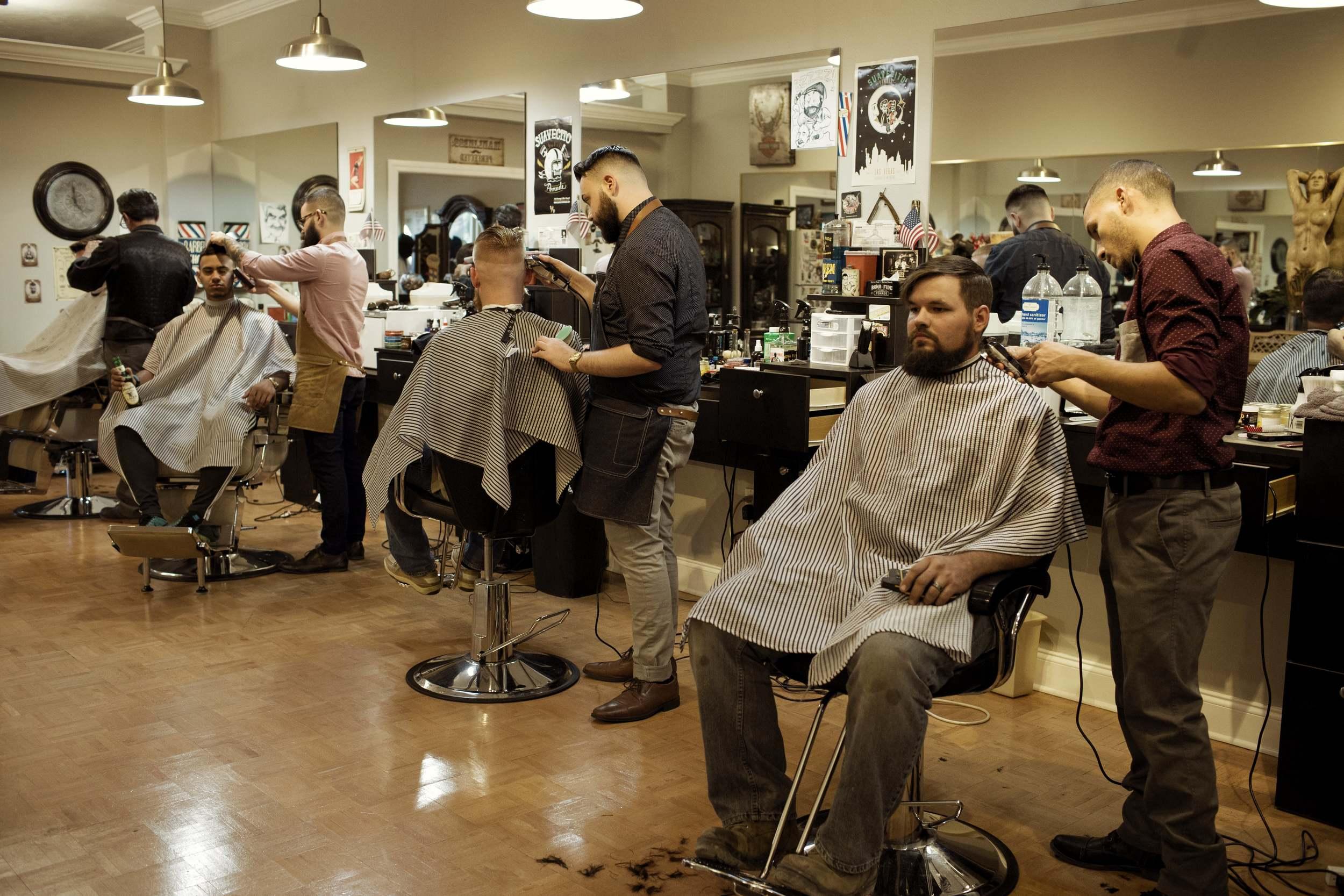 5th Avenue Barber Shave Shop