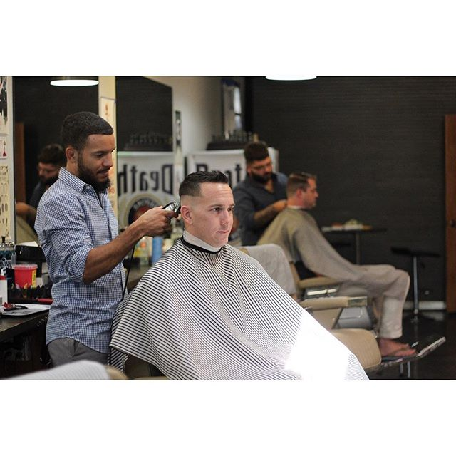💈💈💈 #hair #haircut #barber #fade #faded #skin #skinfade #taper #skintaper #taperfade #pomp #pompadour #pomade #classic #style #hairstyle #hardpart #hottowel #shave #beard #clean #cut #fresh #florida #barbers #wahl #follow #naplesbarber #naplesbarbershop #5thavenuebarbershop