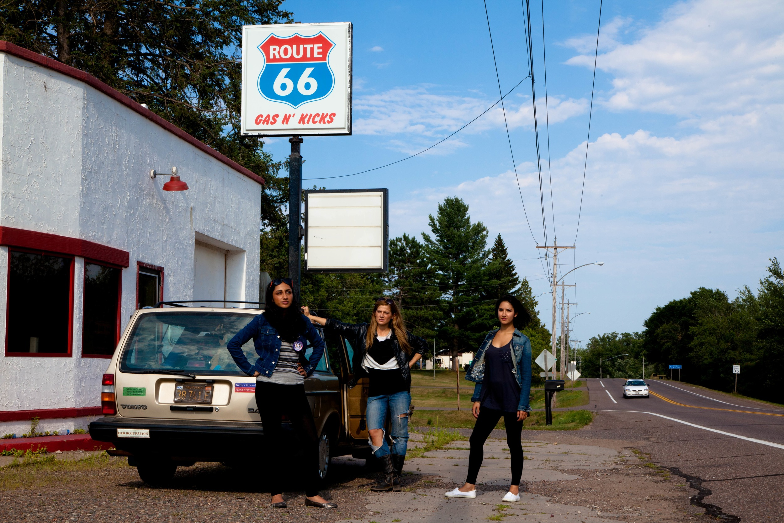 Kiran Deol, Kandis Erickson, Nikohl Boosheri, and Bruce the Volvo in  Farah Goes Bang