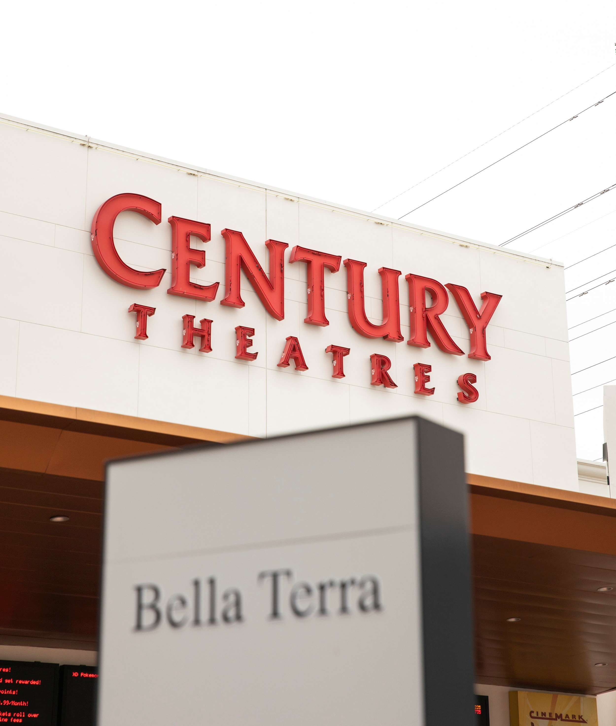 CenturyTheatrs_Bella_Terra.jpg