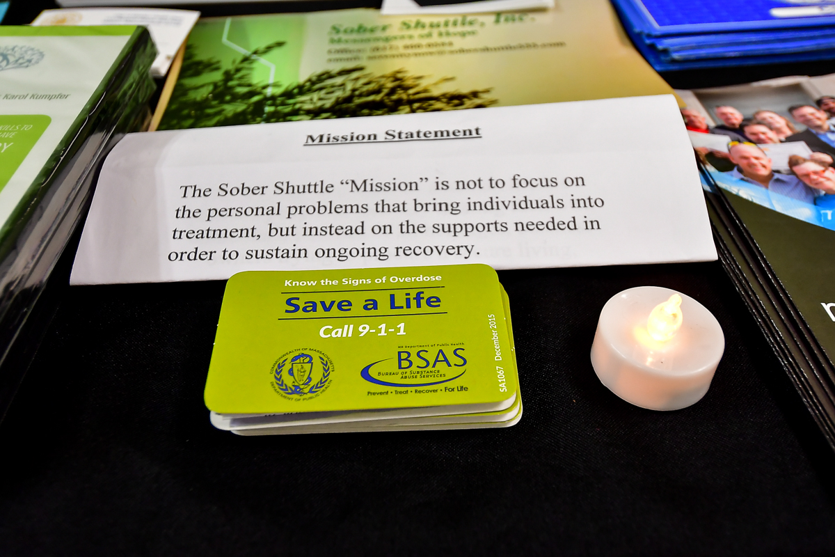 moas-4th-annual-candlelight-memorial-vigil_31314042338_o.jpg