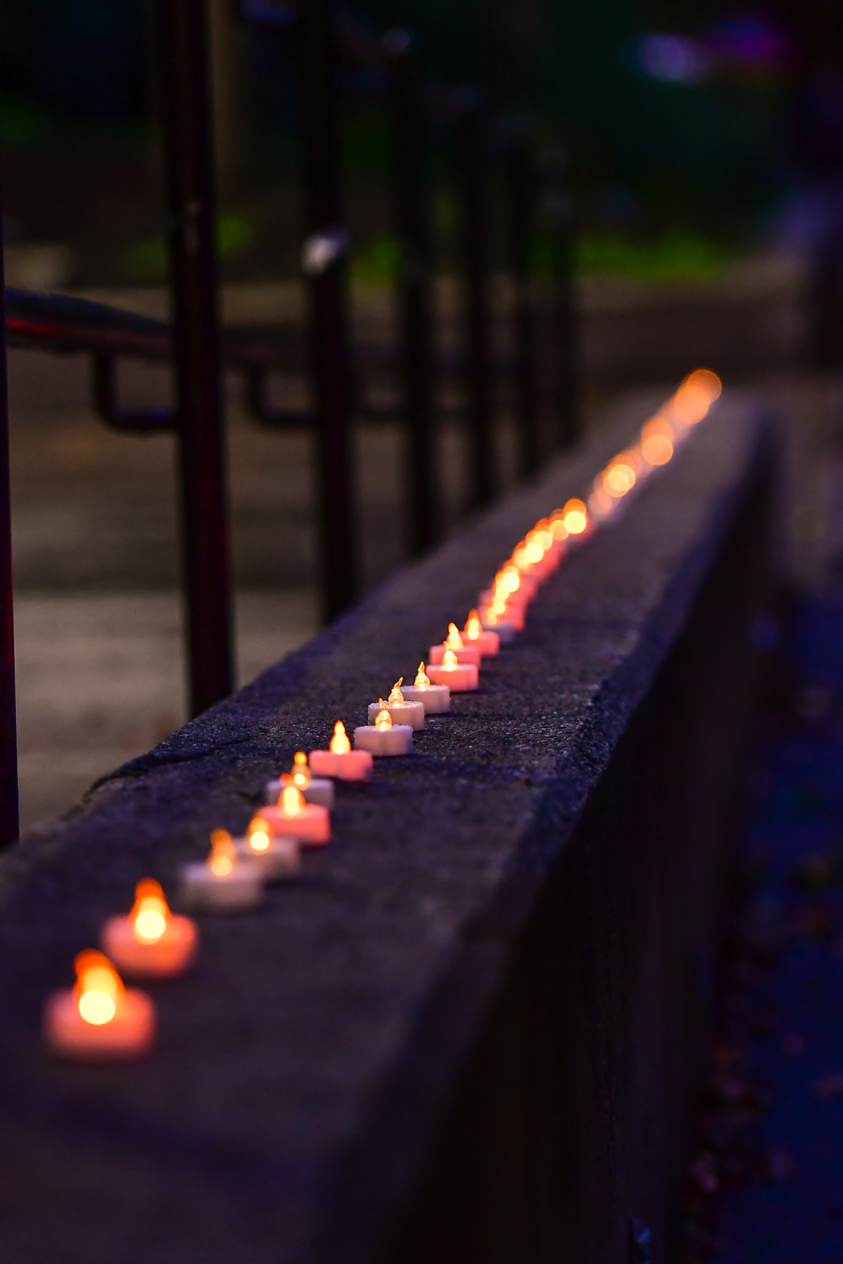 moas-4th-annual-candlelight-memorial-vigil_45139368562_o.jpg