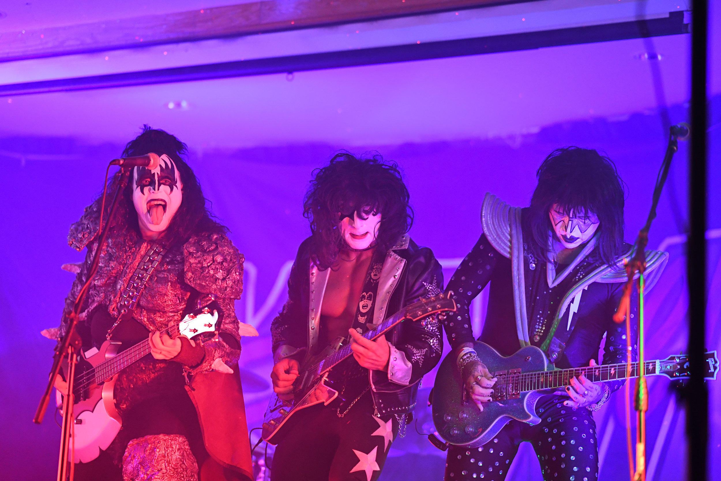 moa--kiss-forever-rock-addiction_31846539928_o.jpg